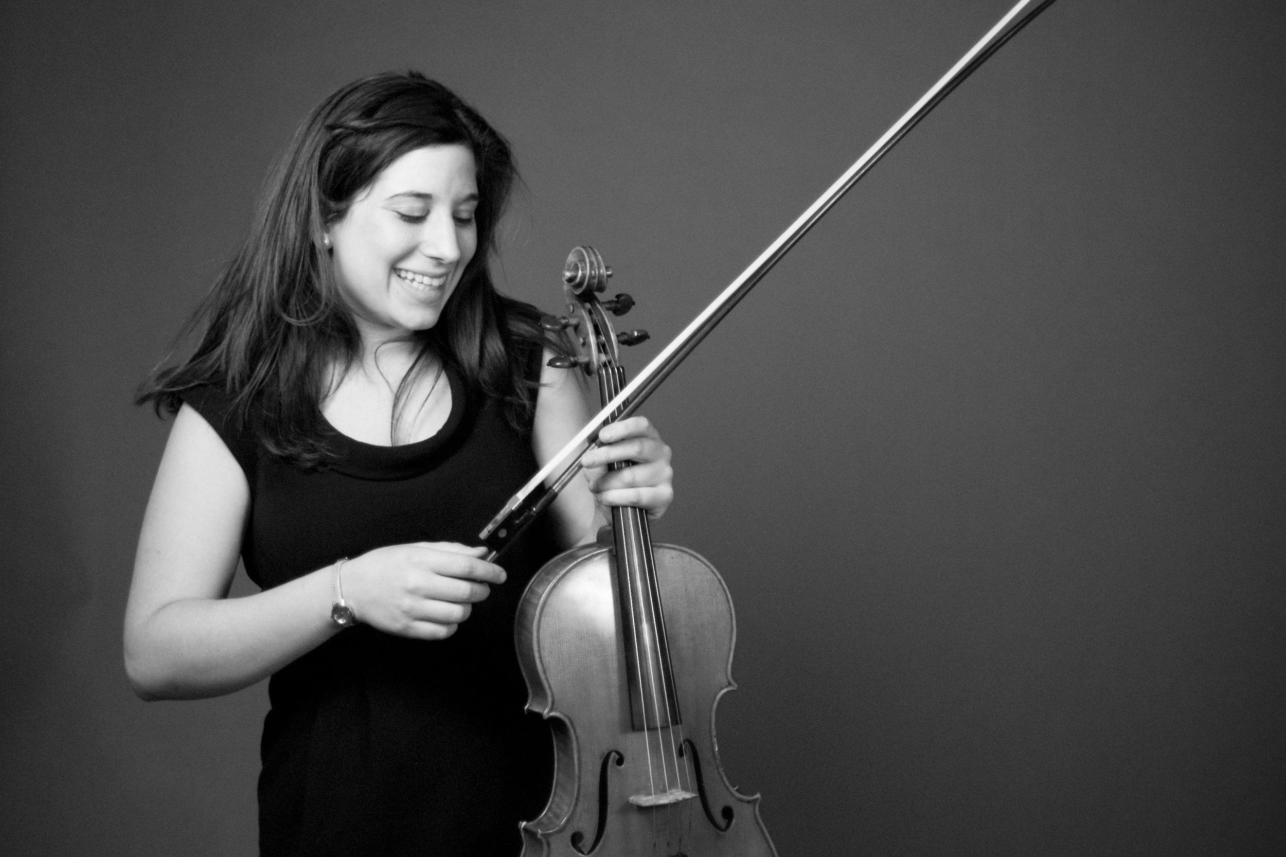 Aimee Biasiello, Viola