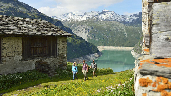 - YOGA AND SPA IN VALS, SWITZERLANDOur next yoga escape trip will be in summer 2018, for six days of yoga, walks in spectacular Alpine scenery in the beautiful valley of Vals, in Switzerland, home to one of the world's most beautiful thermal spas.