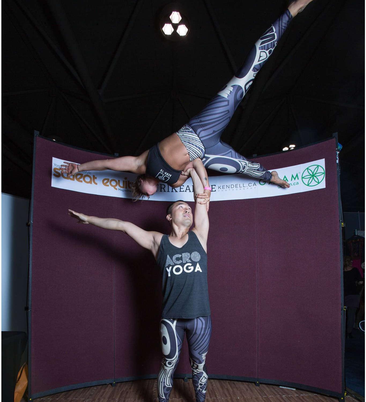 acroyoga acroto acro toronto green living show acrobatics yoga special events