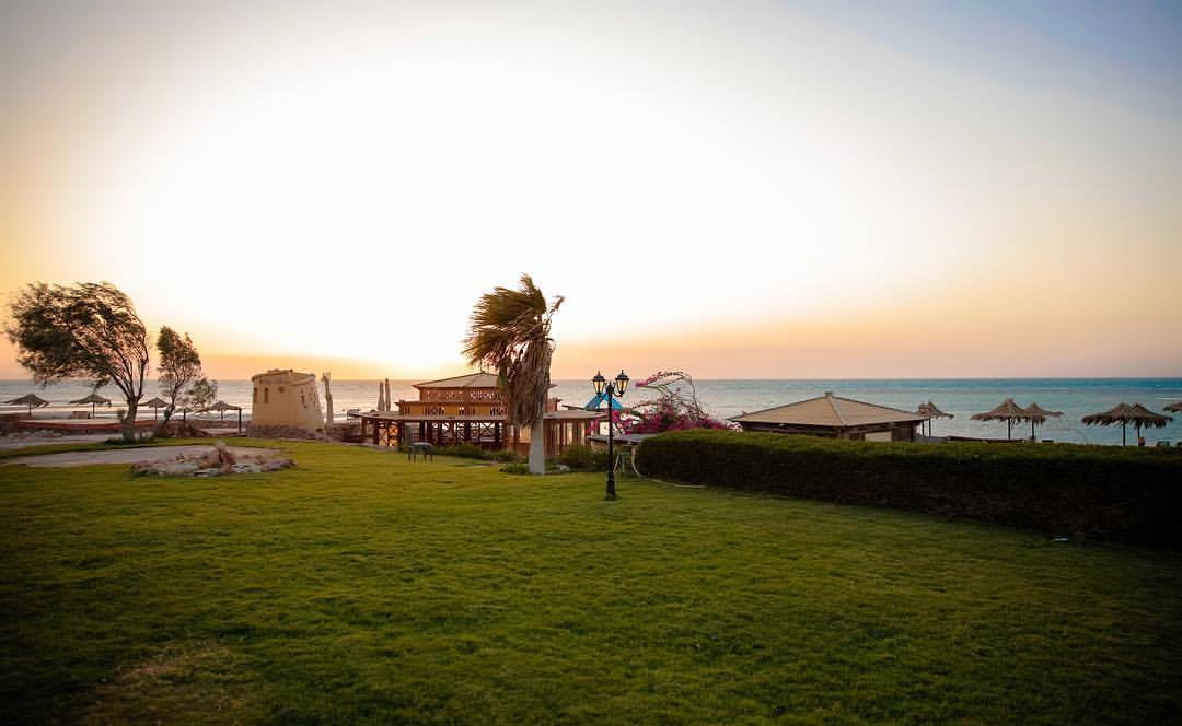 LOCATION    L  a Hacienda      features one of the most professional kitesurfing schools in Ras Sudr and the region. Sandy beach, shallow waters and wind blowing constantly in an inland direction make La Hacienda one of the safest spots for kitesurfing in Sinai.