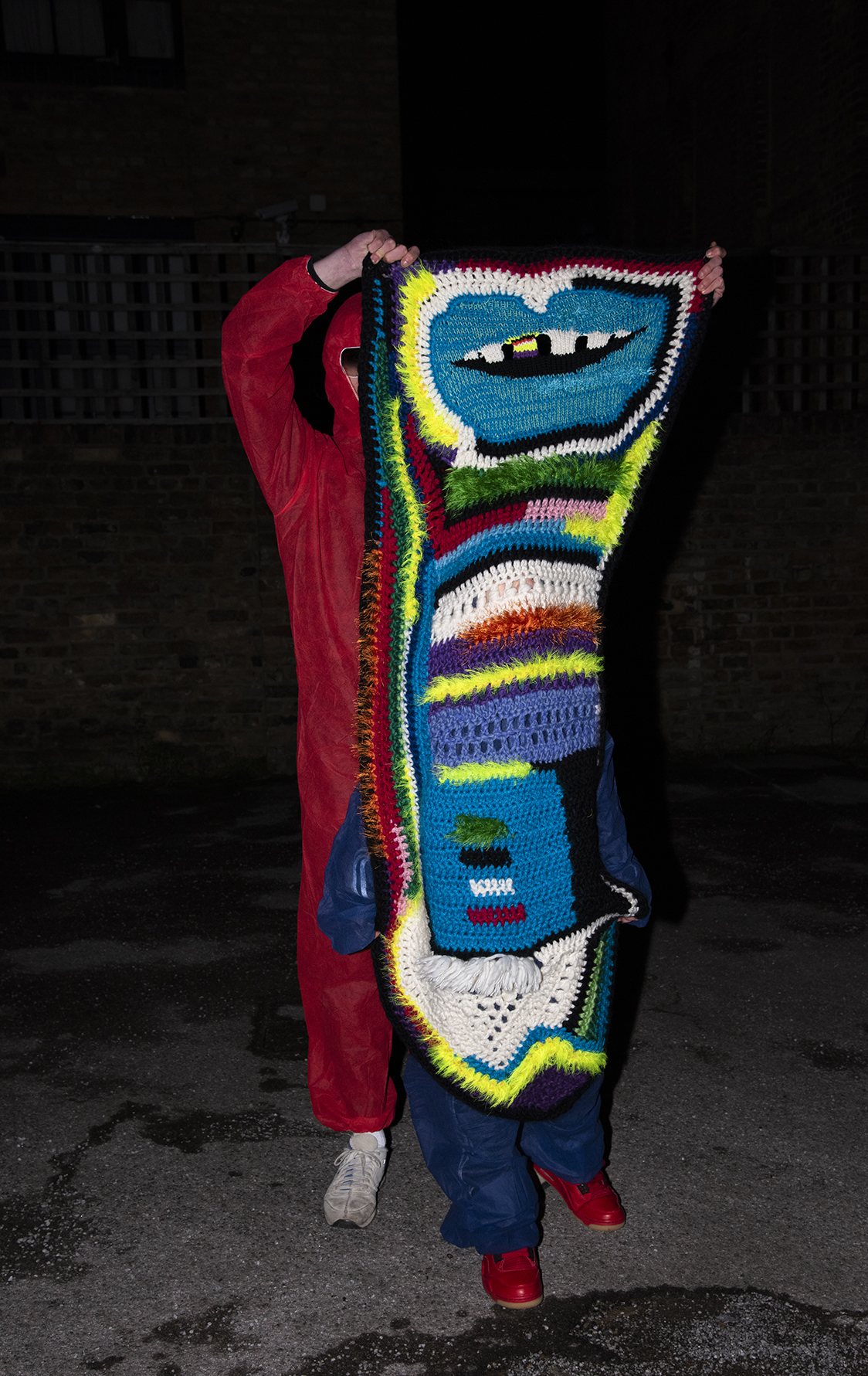 STRIPYTOOTH LONGLIPS Scarf Blanket