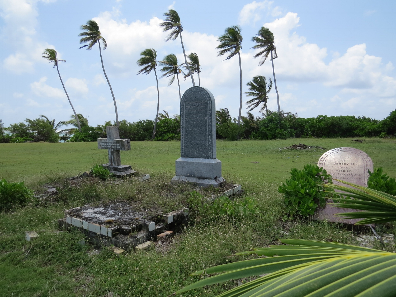 Clunies-Ross family graves