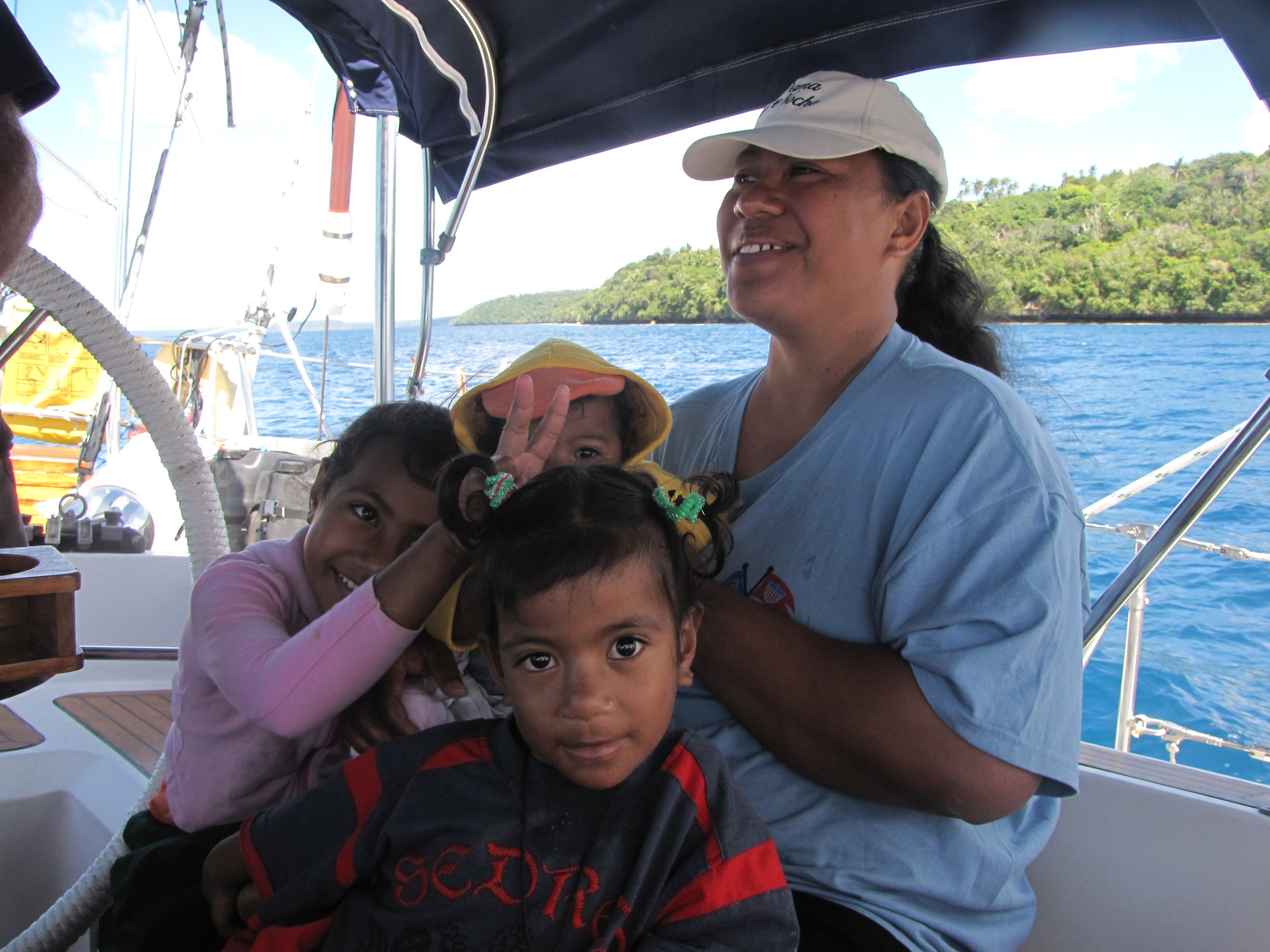 Fa'aki and the kids came for a boat ride.