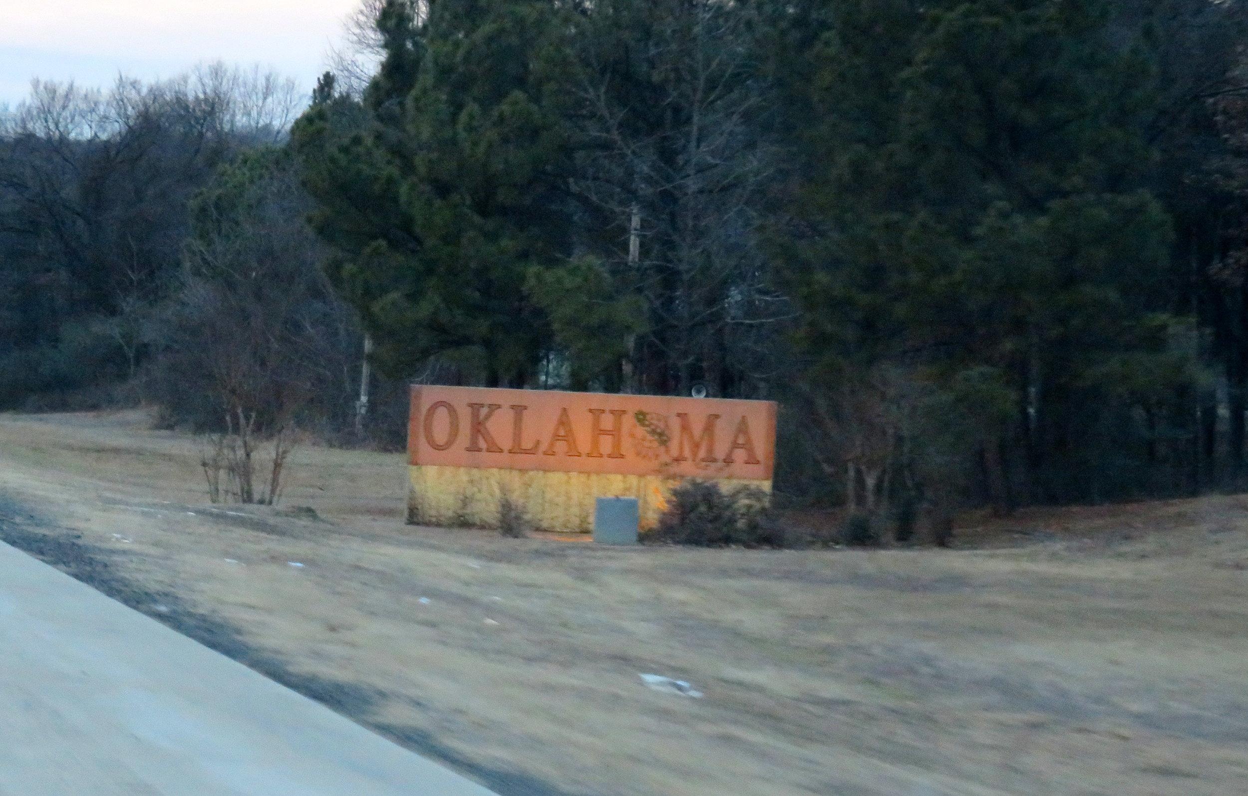 entering oklahoma.JPG