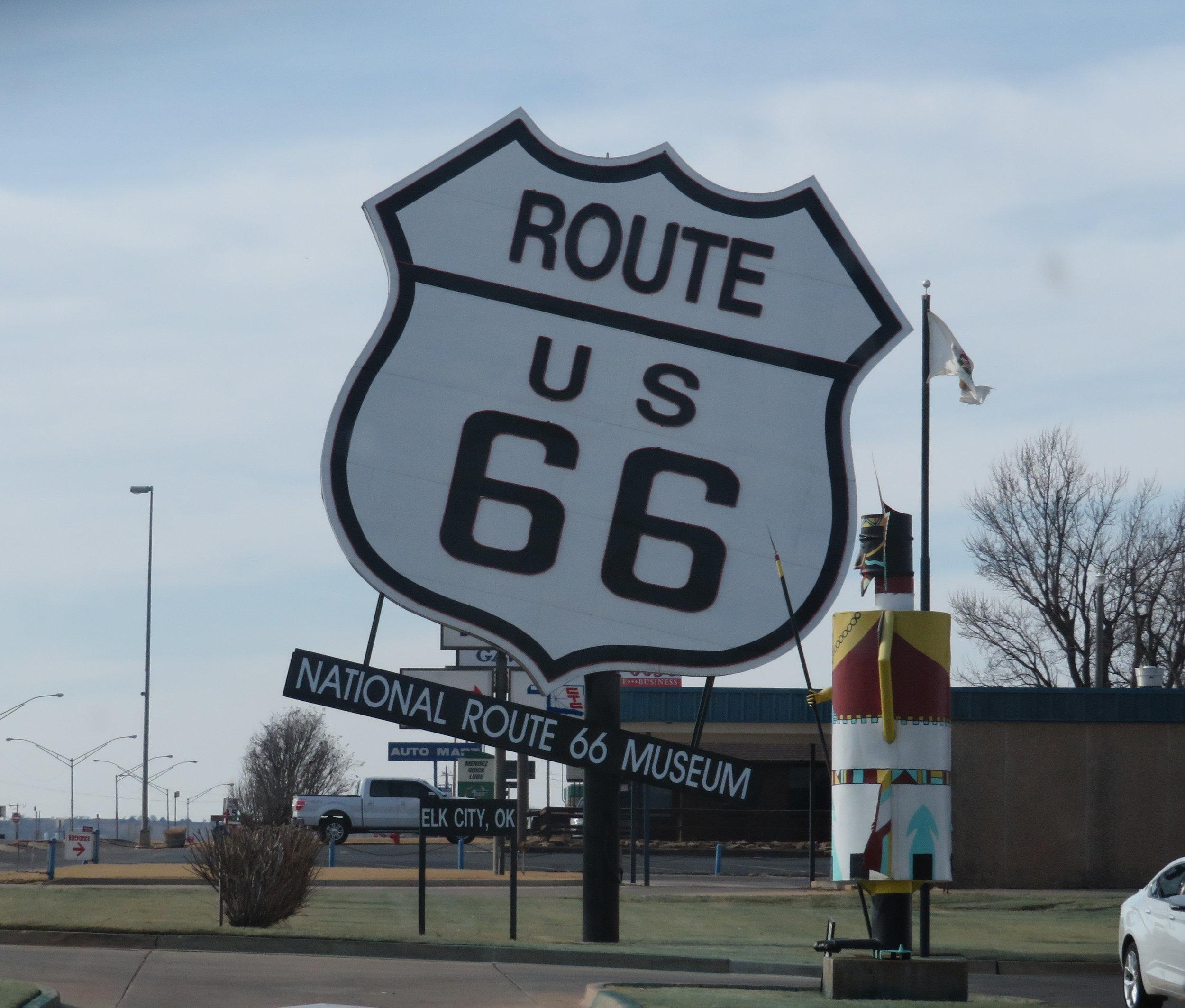 worlds largest rte 66 sign-elk city OK.JPG