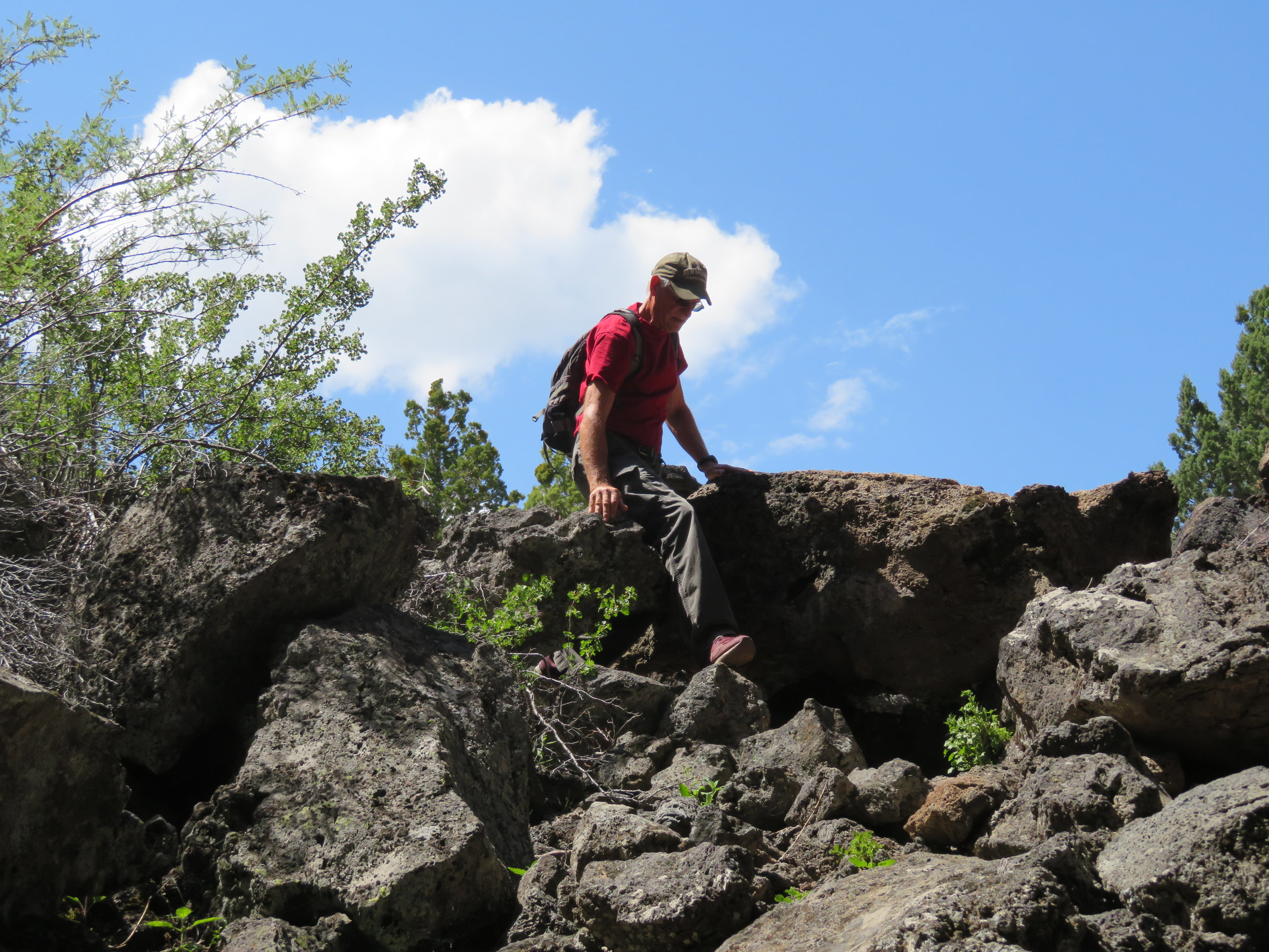 Steep, rough descent into Heppe Cave