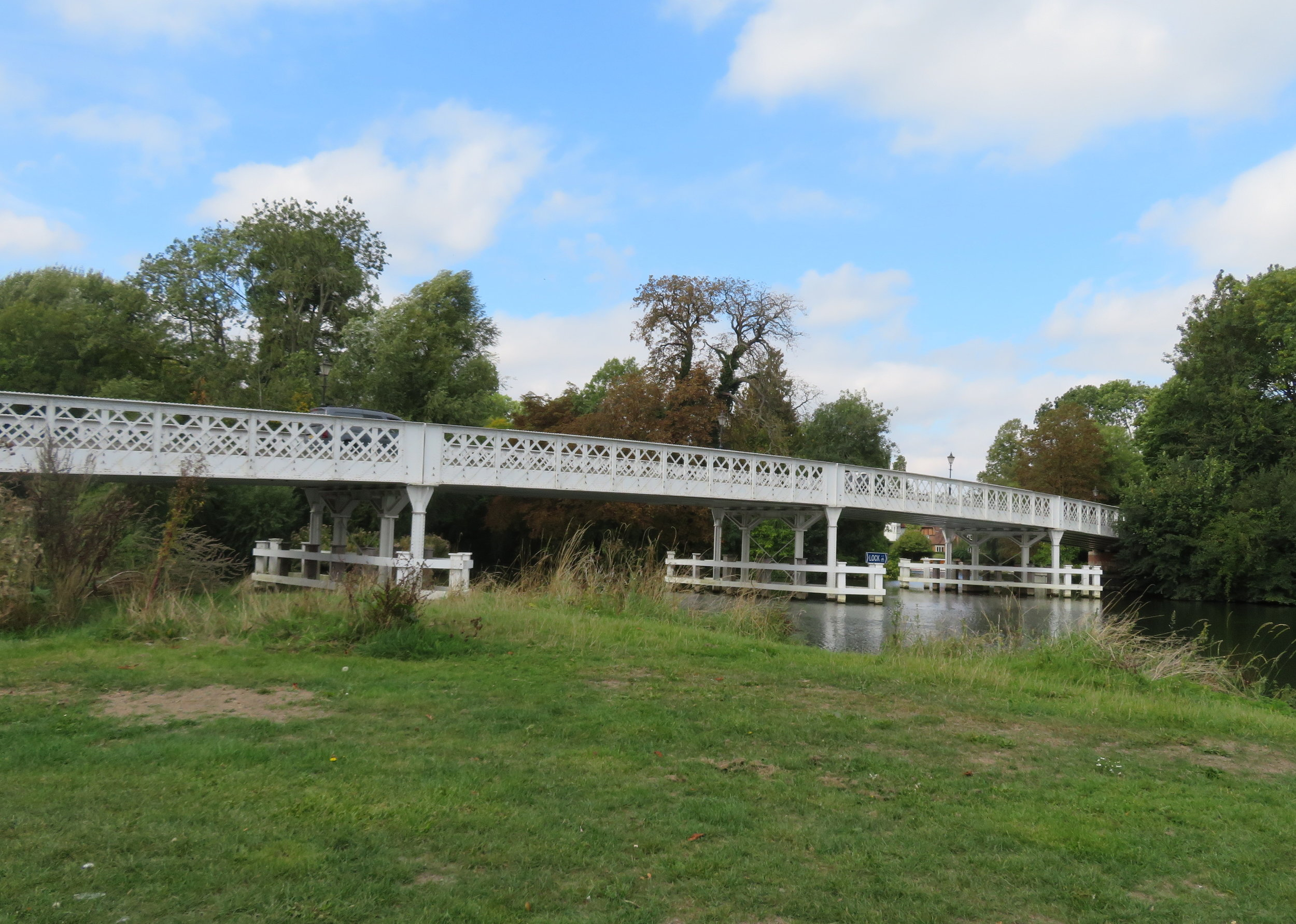 Pangborne Bridge marked our half way point on the Thames Path.