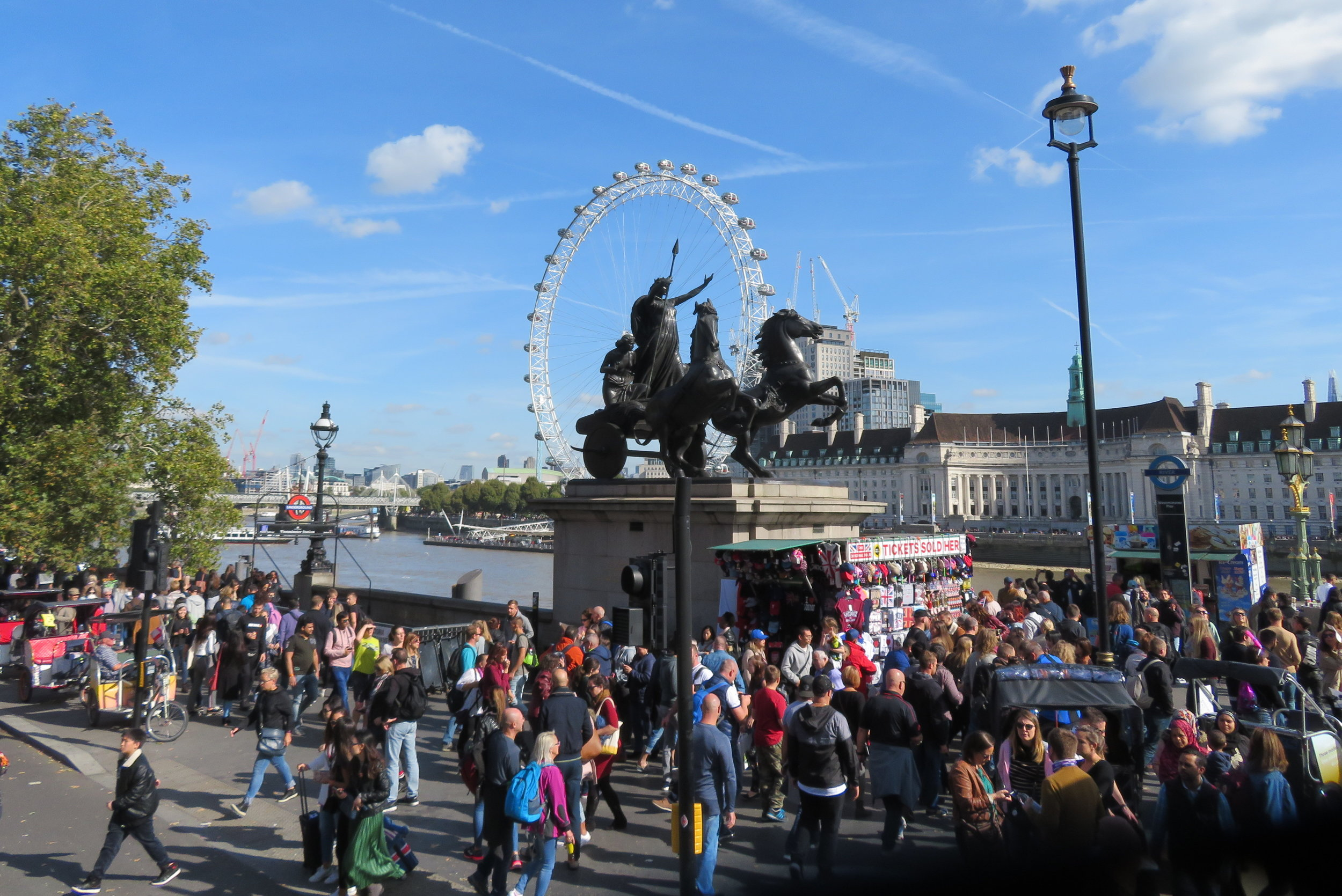 Boudica, queen of the Celtic Iceni tribe led an uprising in Roman Britain. She and her daughters are captured in the bronze sculpture above and seem to be catching a ride on the London Eye.