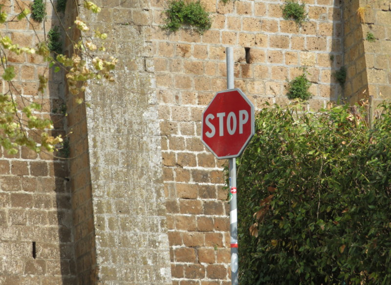 STOP sorta means stop in Italy