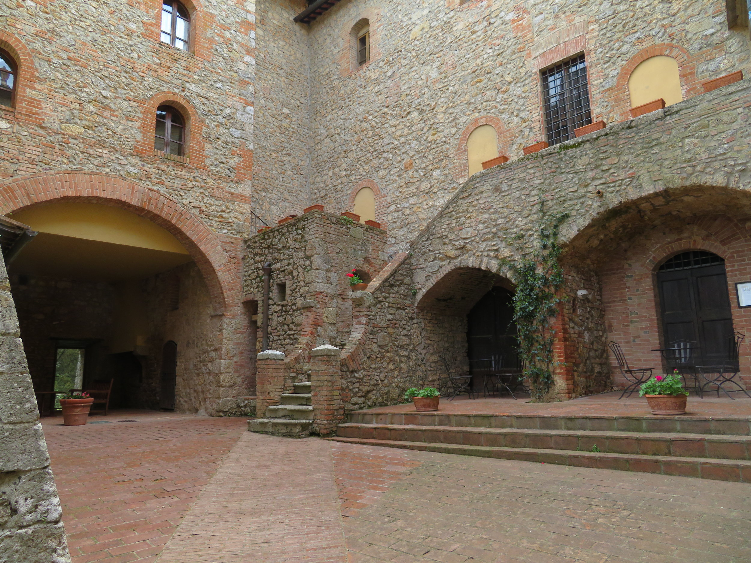 Castel Pietrato is an old castle that's been reclaimed into a winery and classy B&B. The owner invited to look around. What a lovely place!