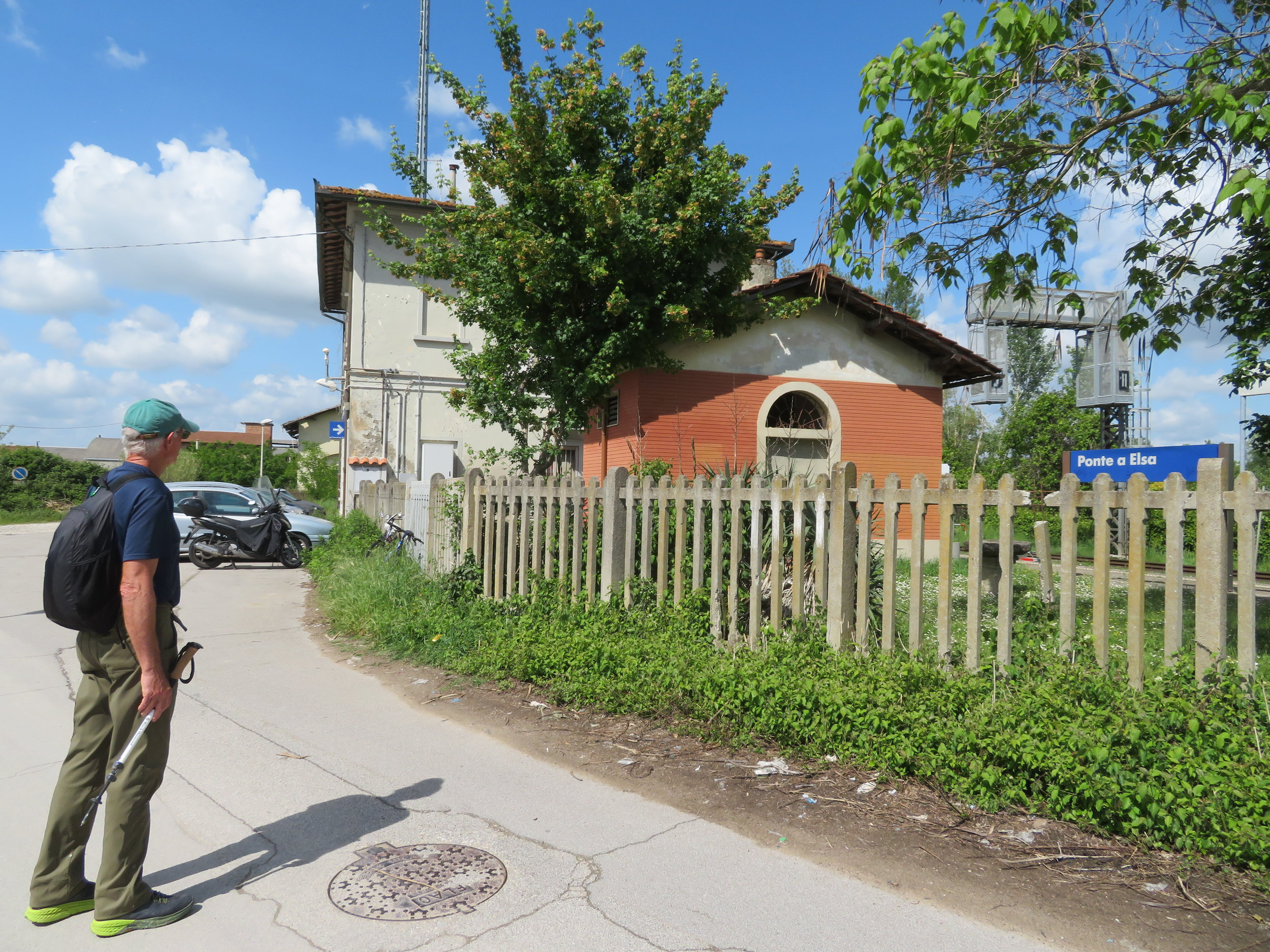 Ponte a Elsa 'stazione' was pretty much deserted.