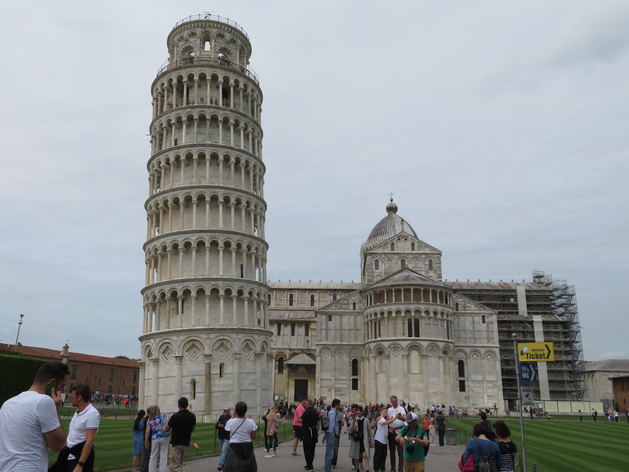 pisa_tower and duomo.JPG