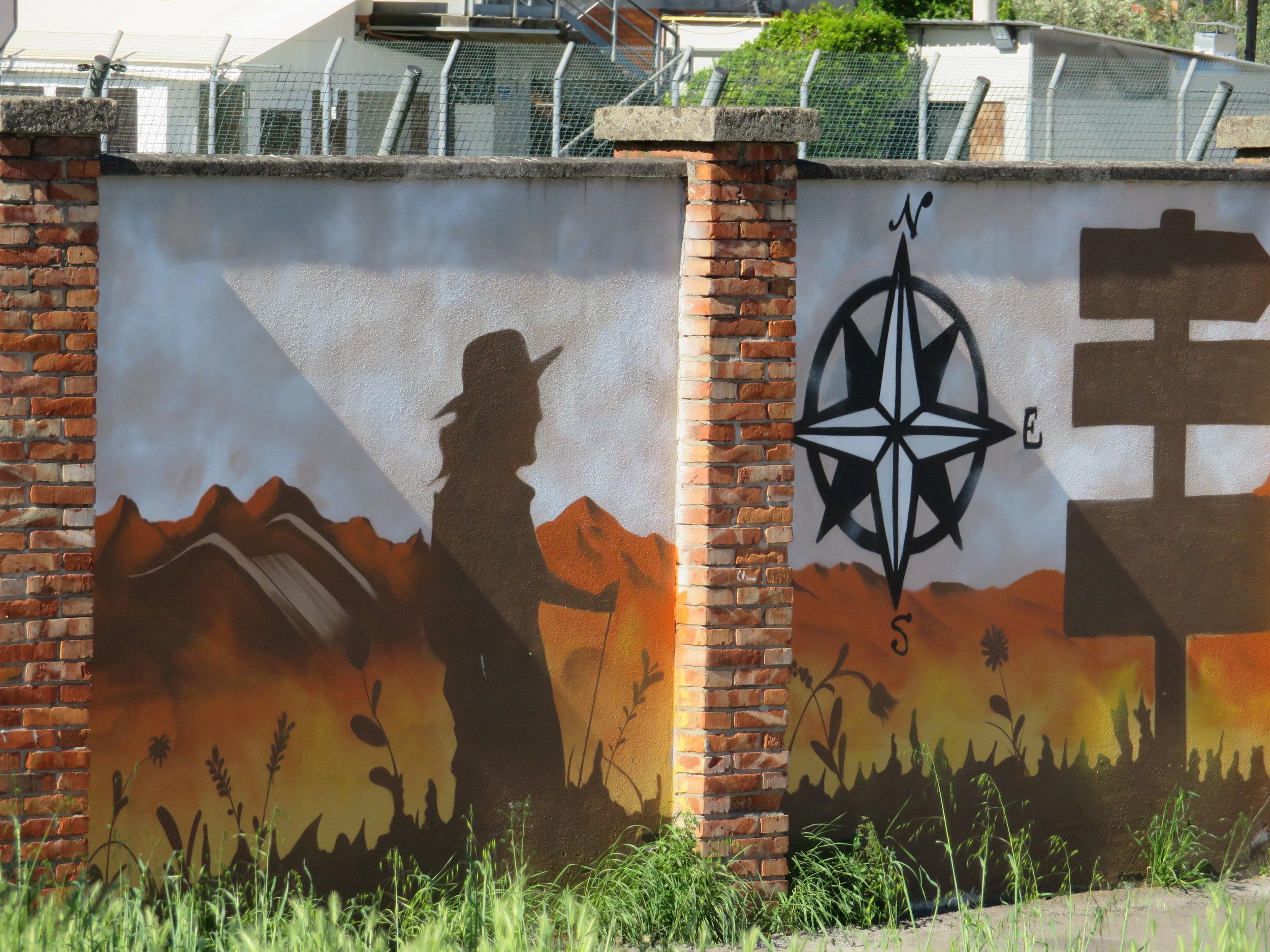 Alto-Lucca_pilgrim murals in porcari.JPG