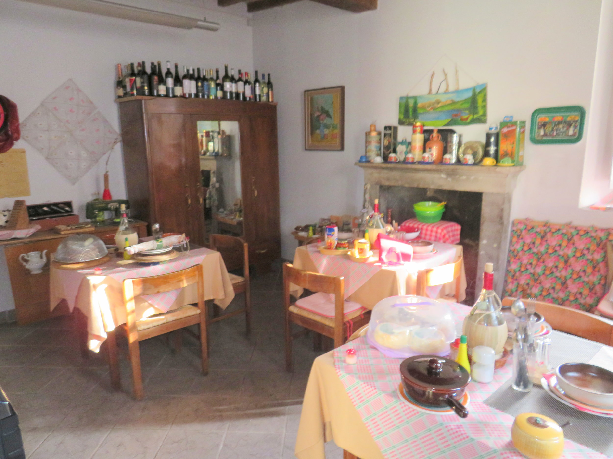 DIY dinner by donation at Ostello Cassio
