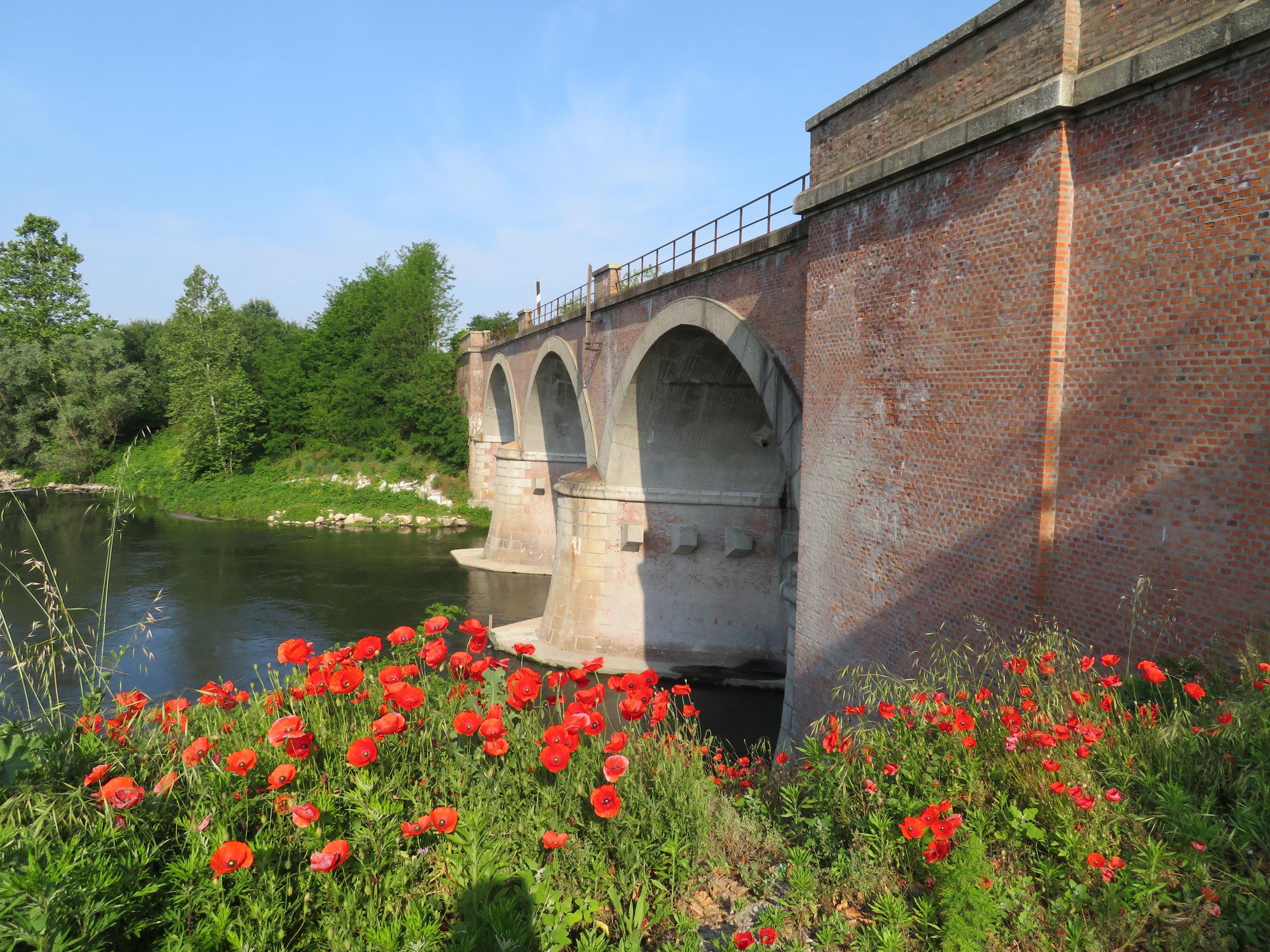 We crossed the scenic multi-arched bridge over Fiume Lambro.