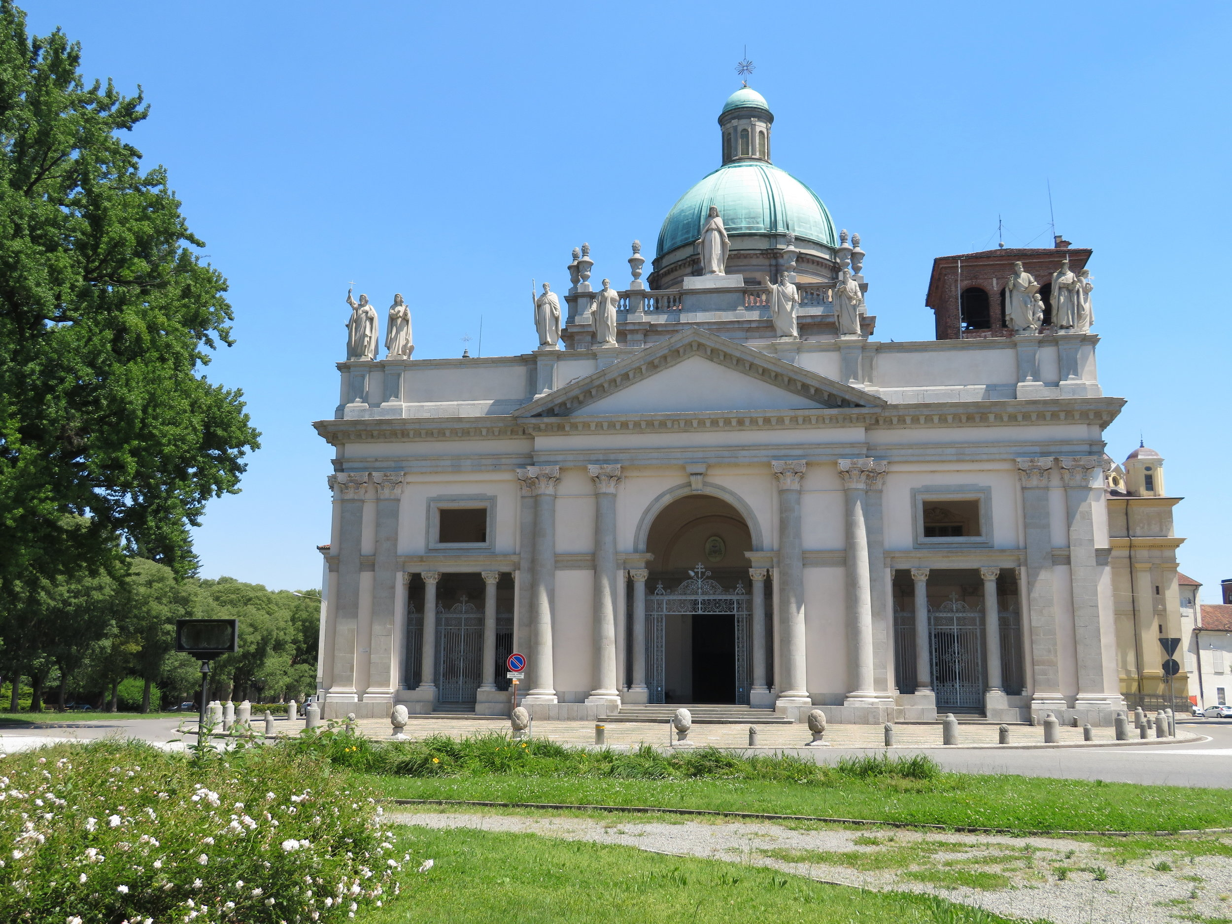 Basilica Sant'Andrea-c 1227