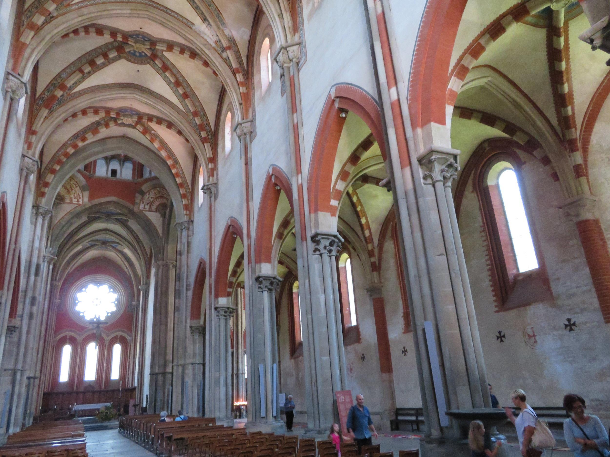 Cistercian red & white interior