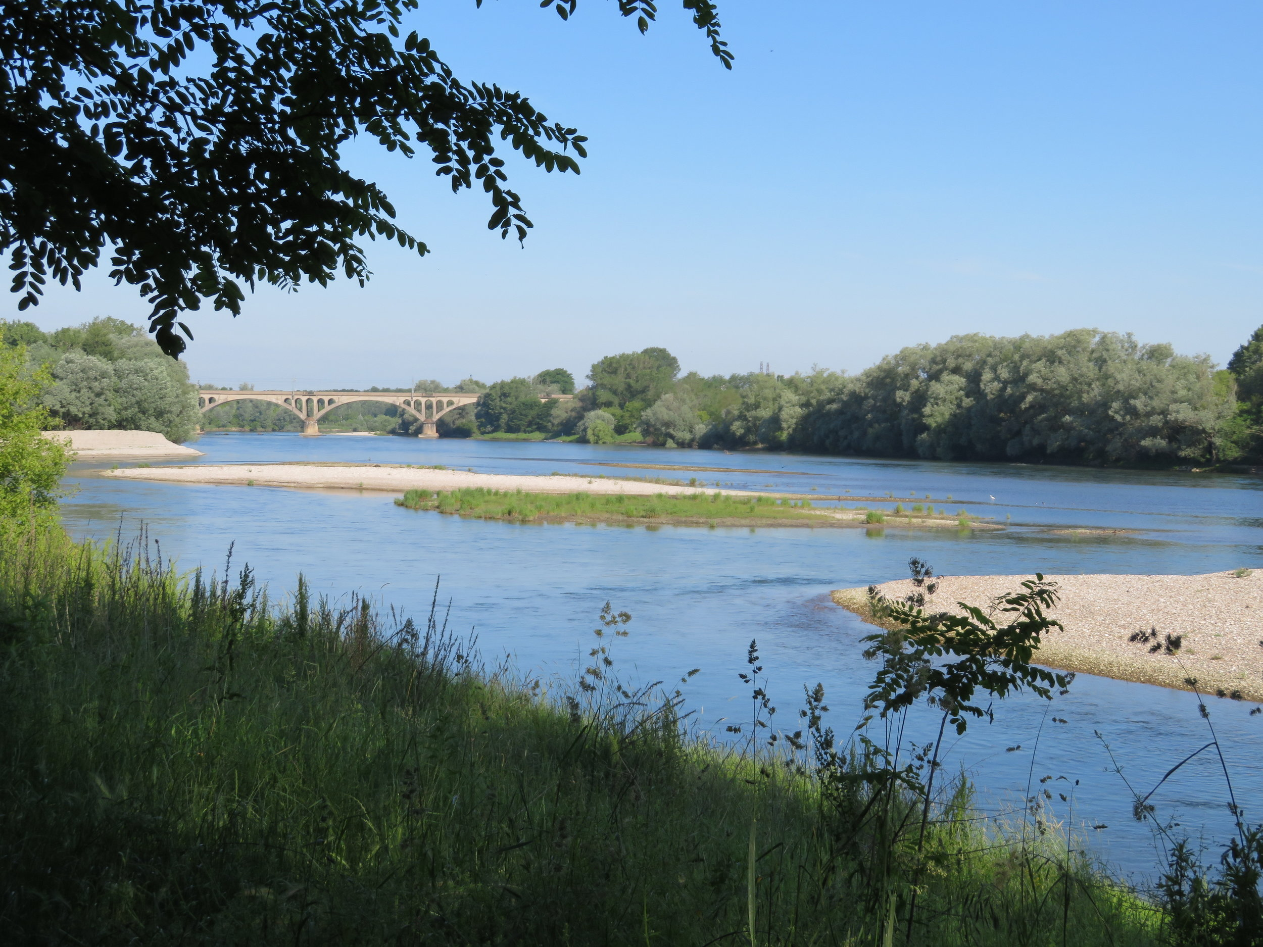 Walking along the Ticino River from Pavia