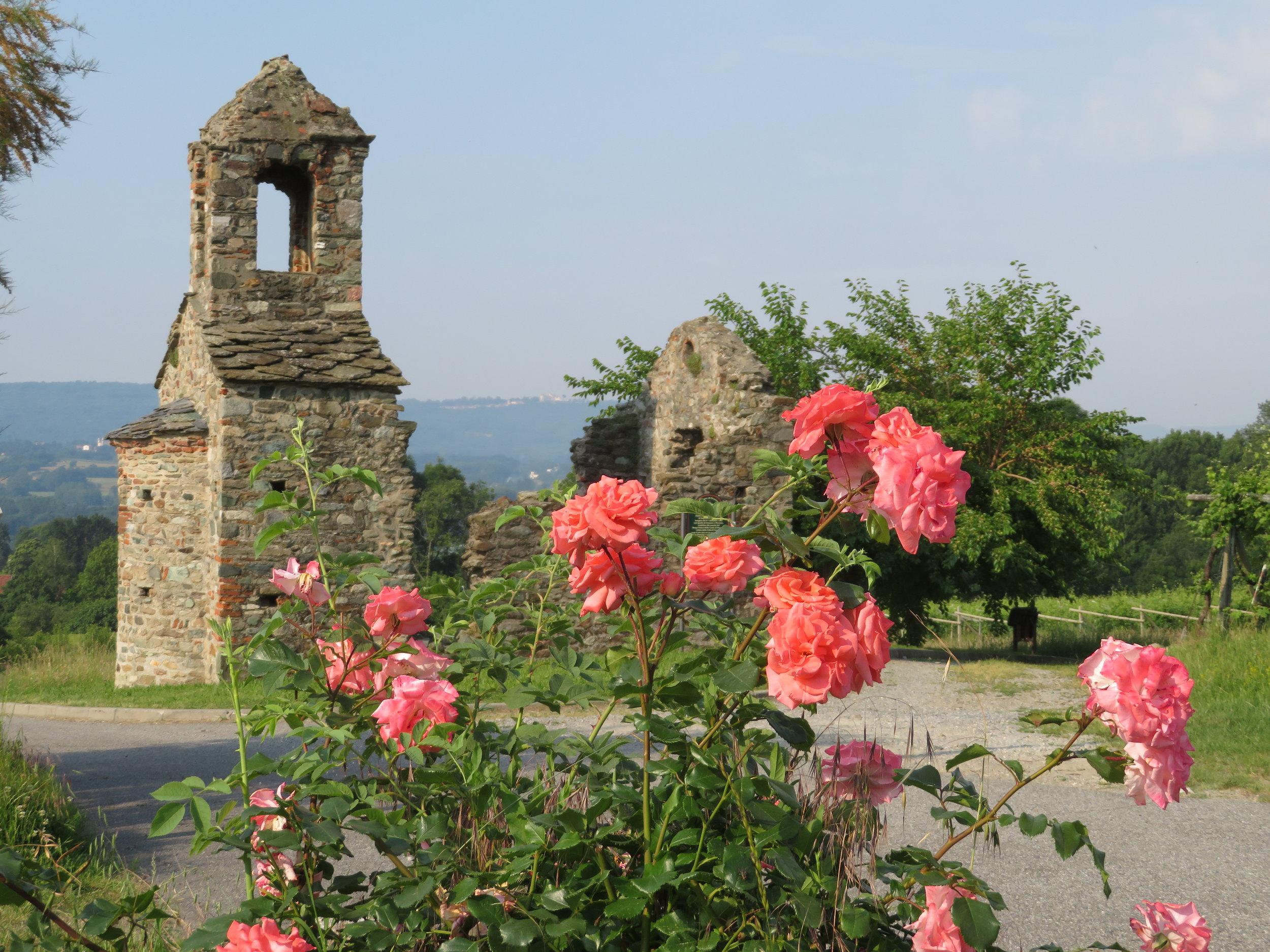 Gesiun - the ruins of 11th century Romanesque chapel, Chiesa San Pietro