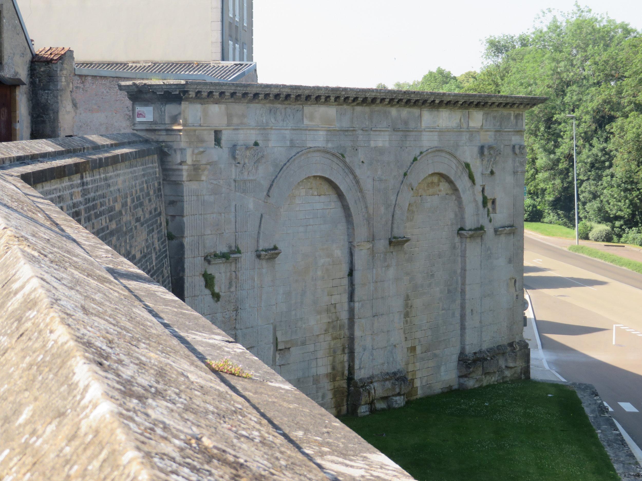 Ancient Roman arches