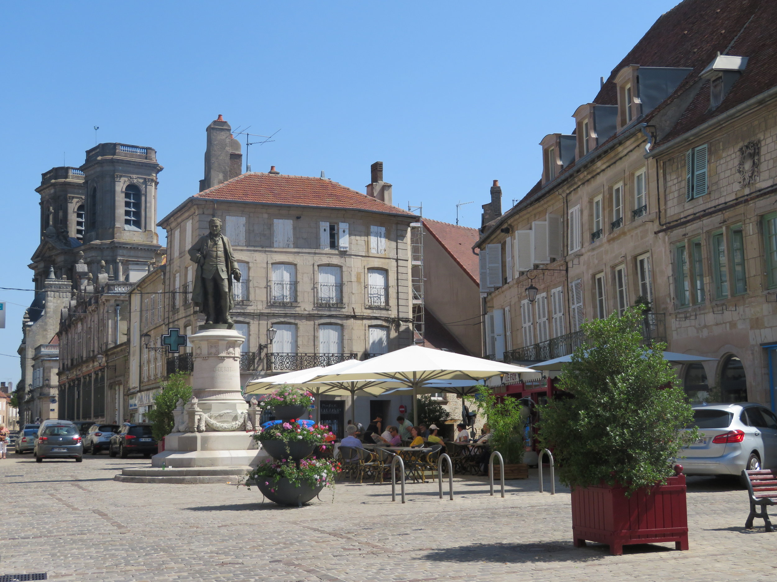 Place Diderot in the old city of Langres