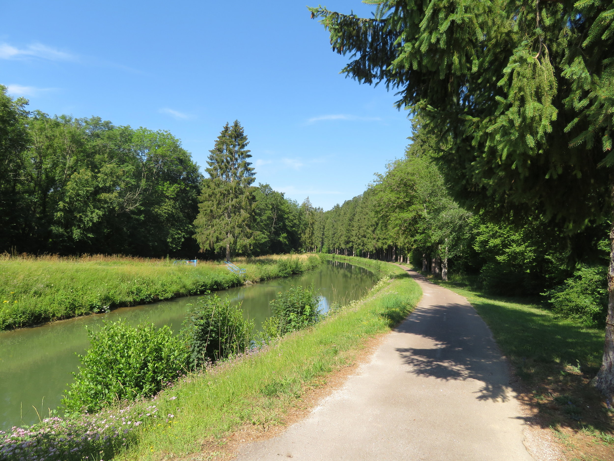 Champagne-Bourgogne Canal