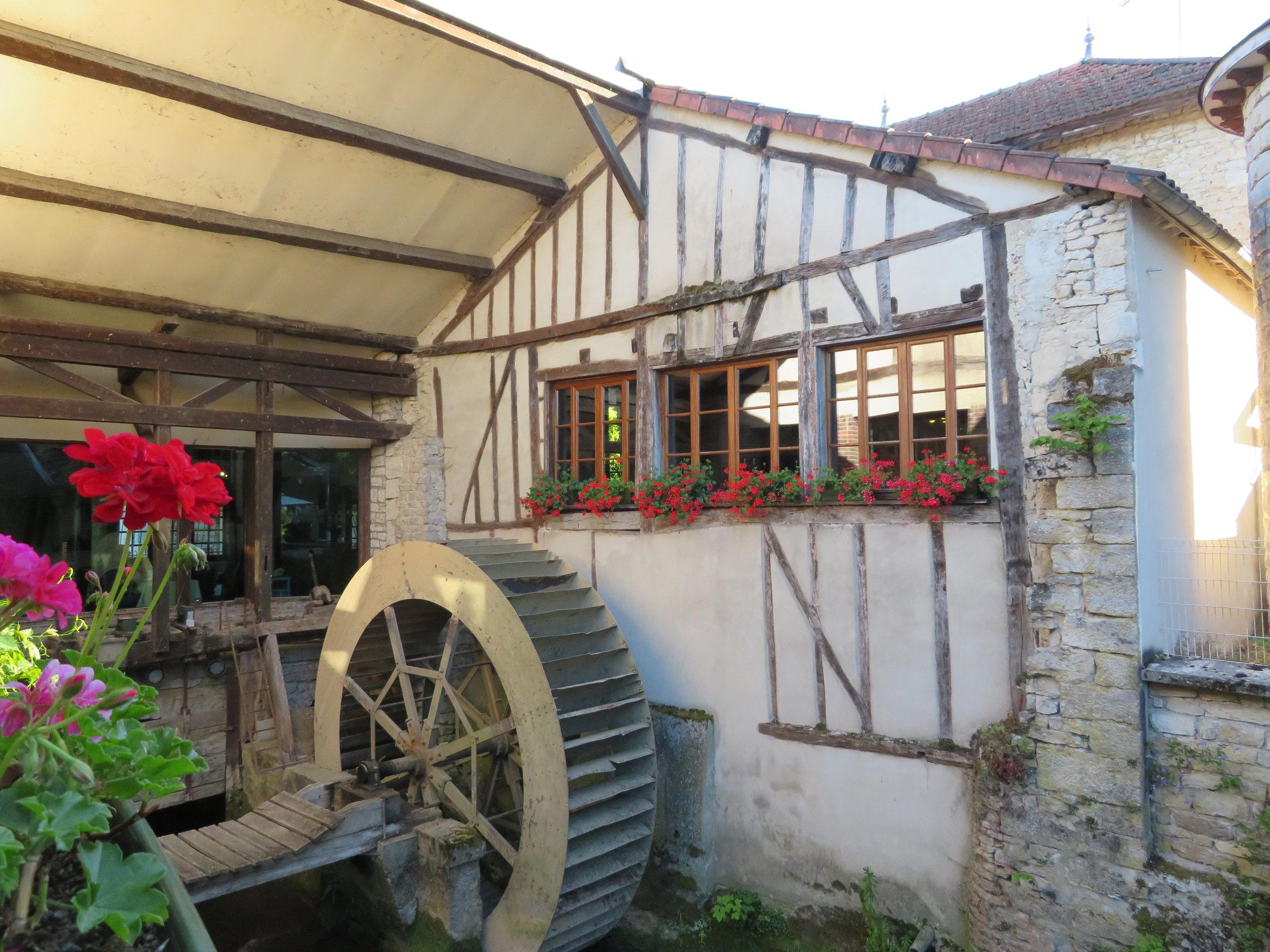 Waterwheel at the restaurant terrace
