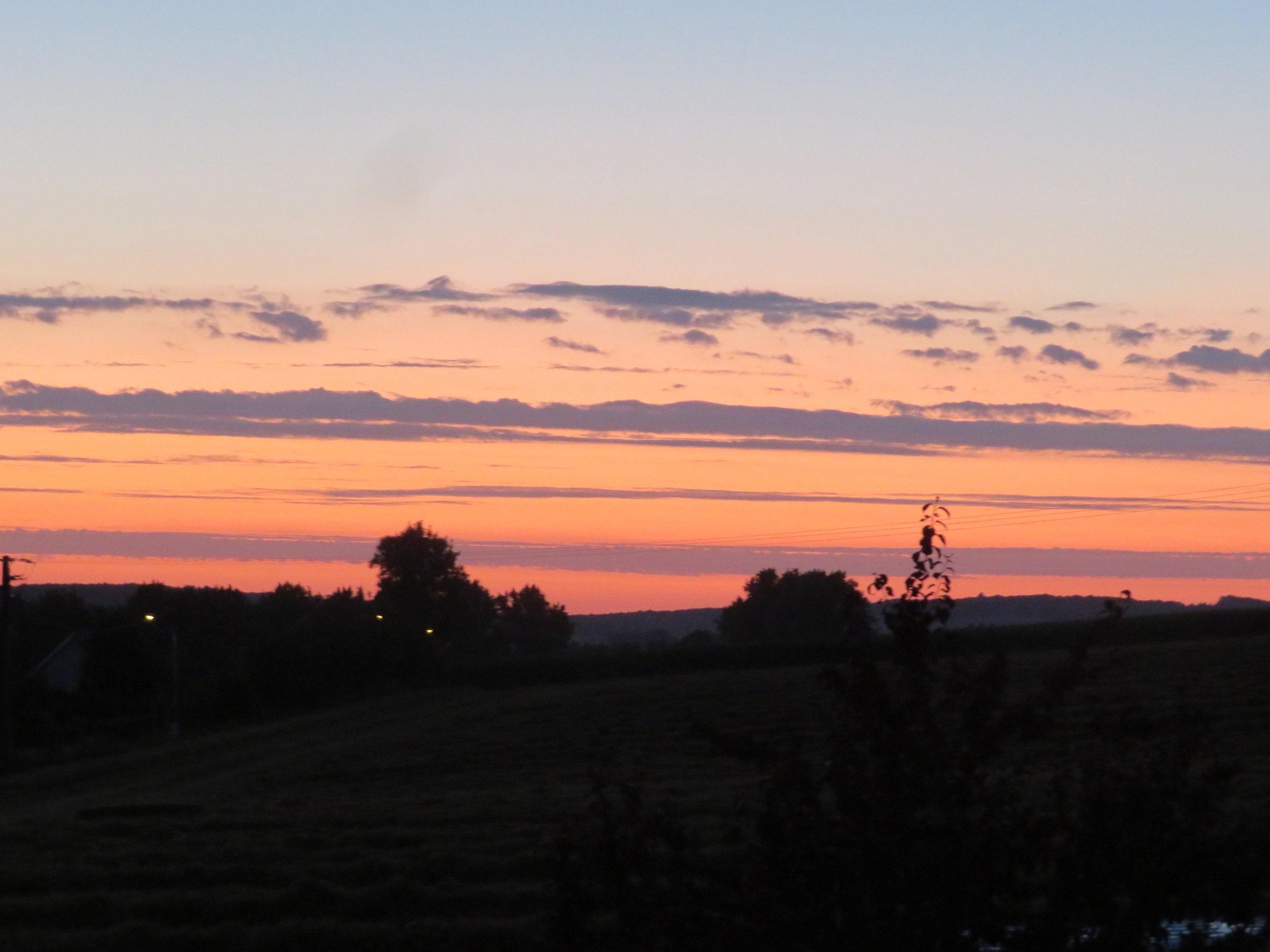 tournehem-calais_pretty sunrise.JPG