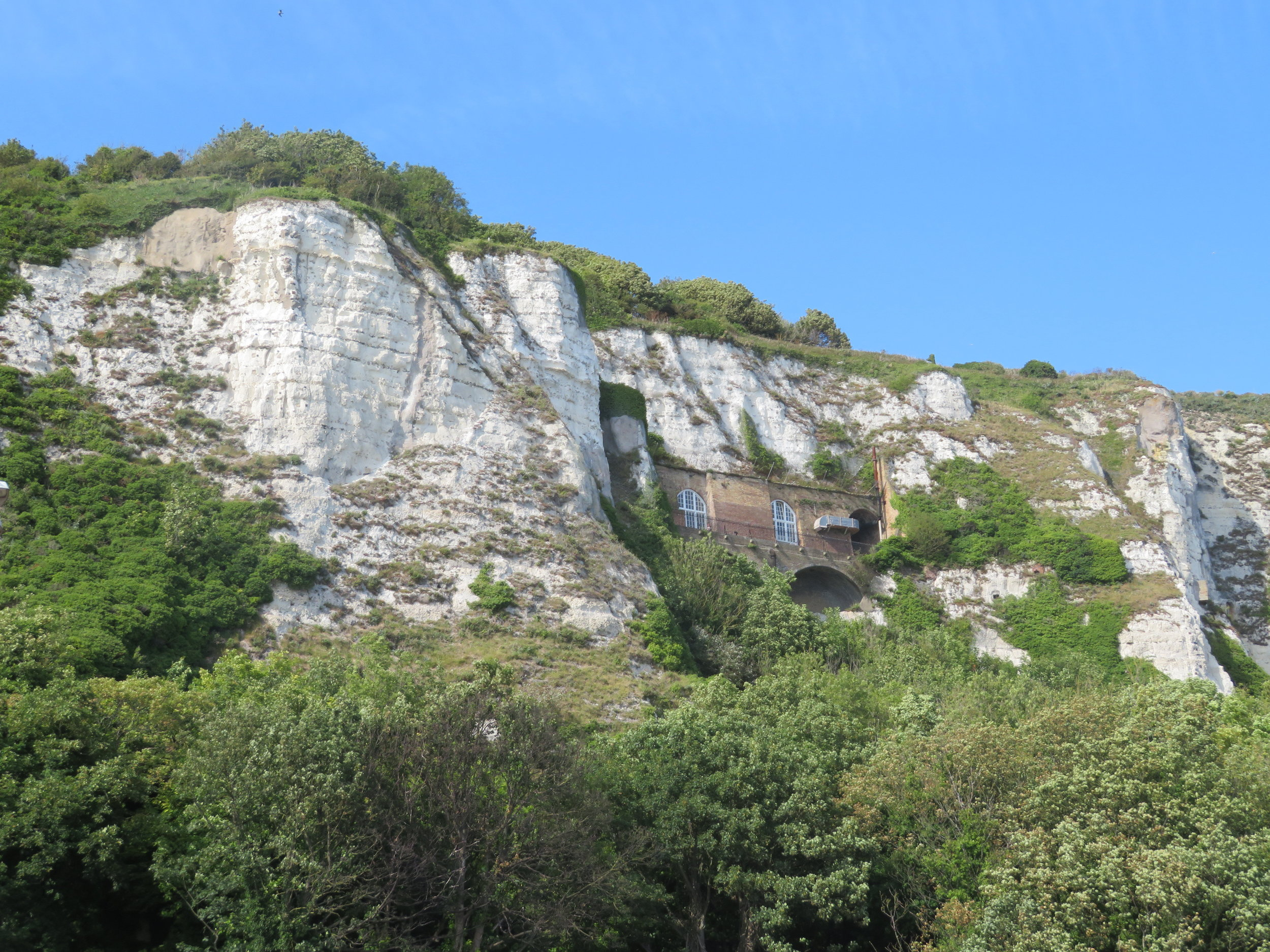dover_white cliffs of dover.JPG