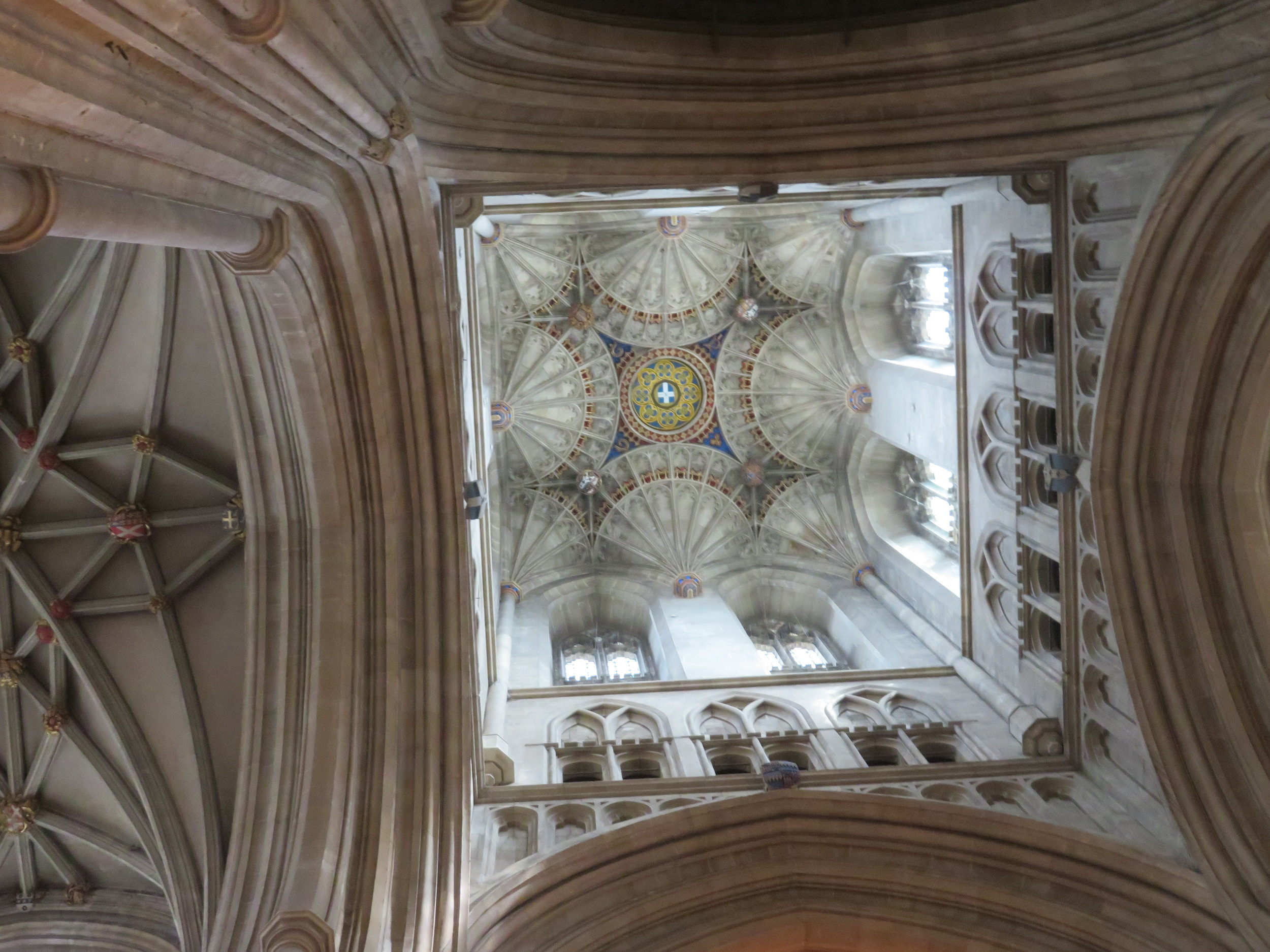 Fan vaulted ceiling-Bell Harry Tower