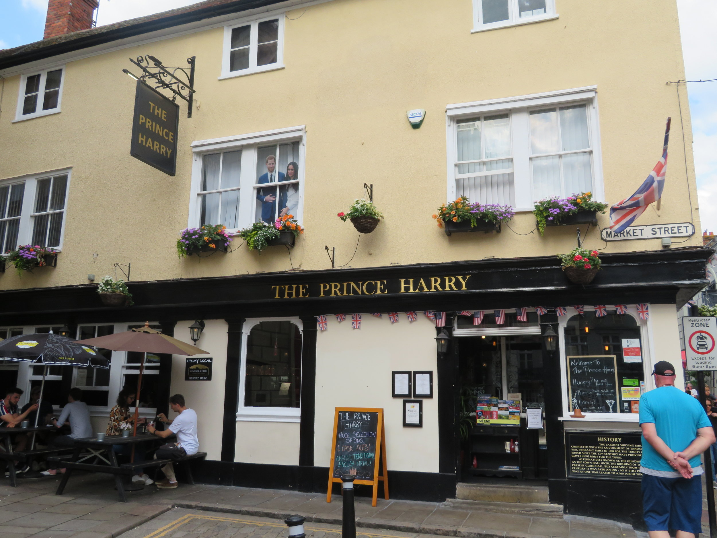 windsor_prince harry pub.JPG