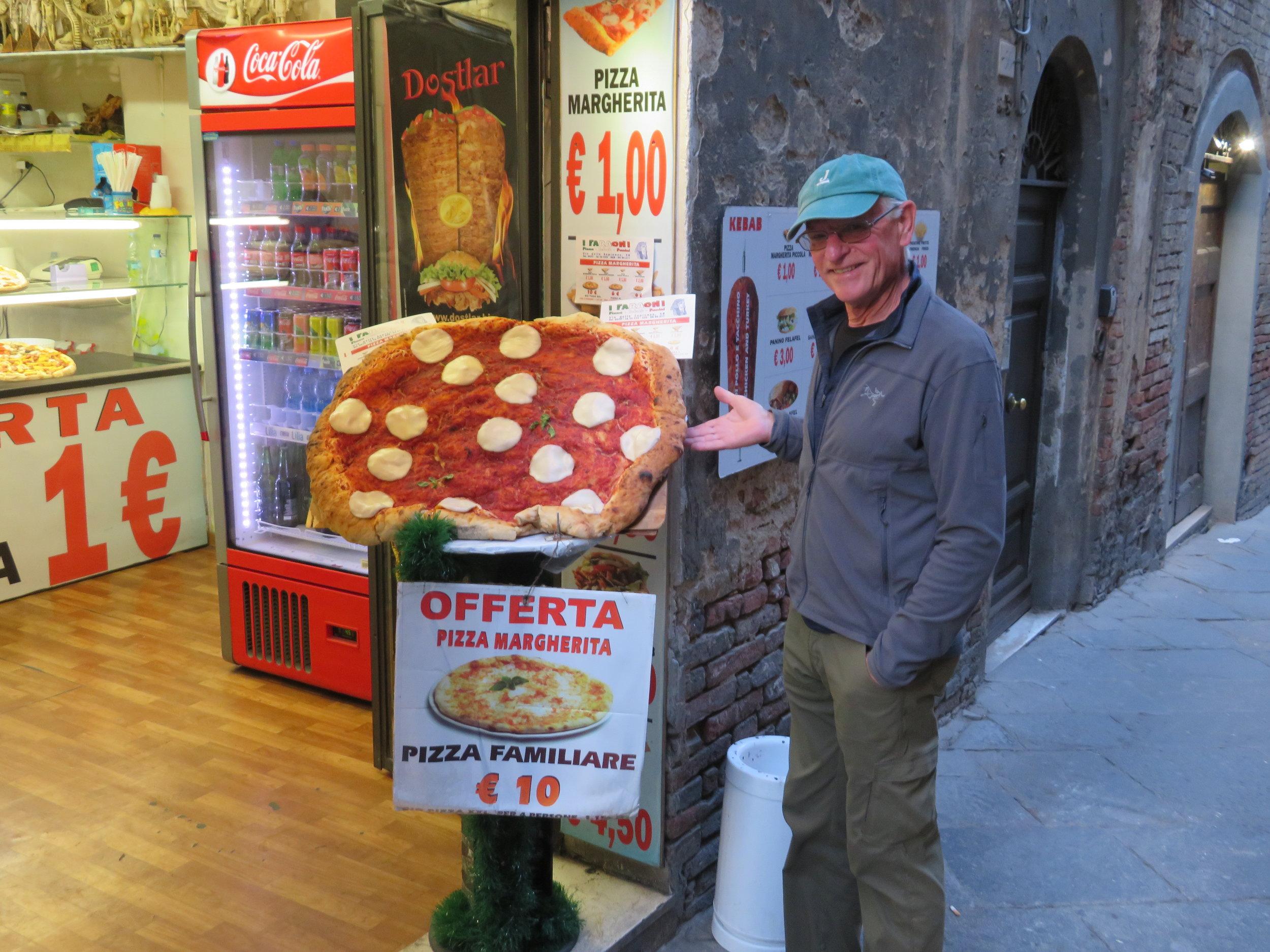 No shortage of pizza in Italy
