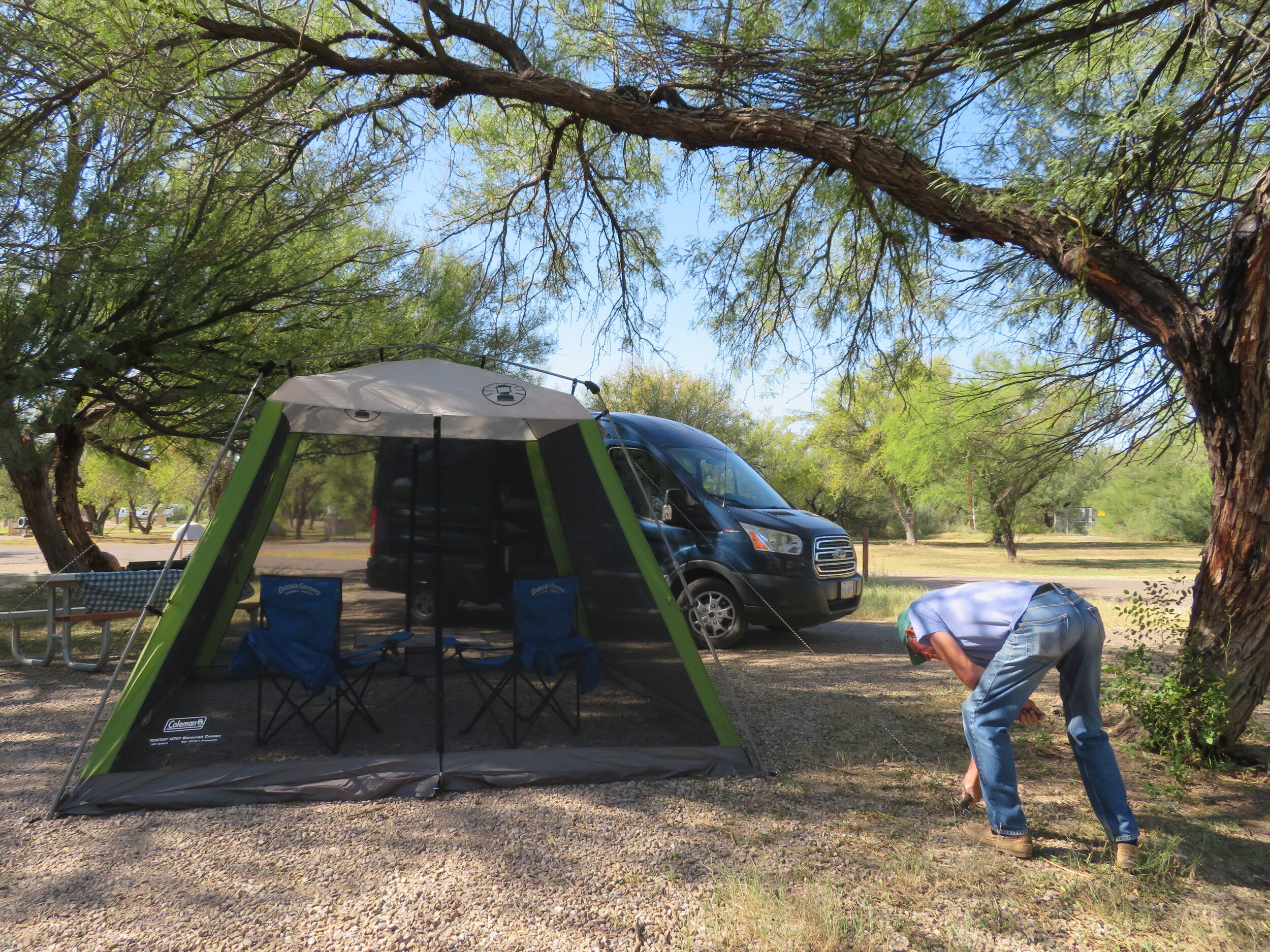 We had no problem finding a fine camp site in the Rio Grande Village campground. We sleep in Blue, but set up our screen house to get out of the sun. So is this camping or glamping?