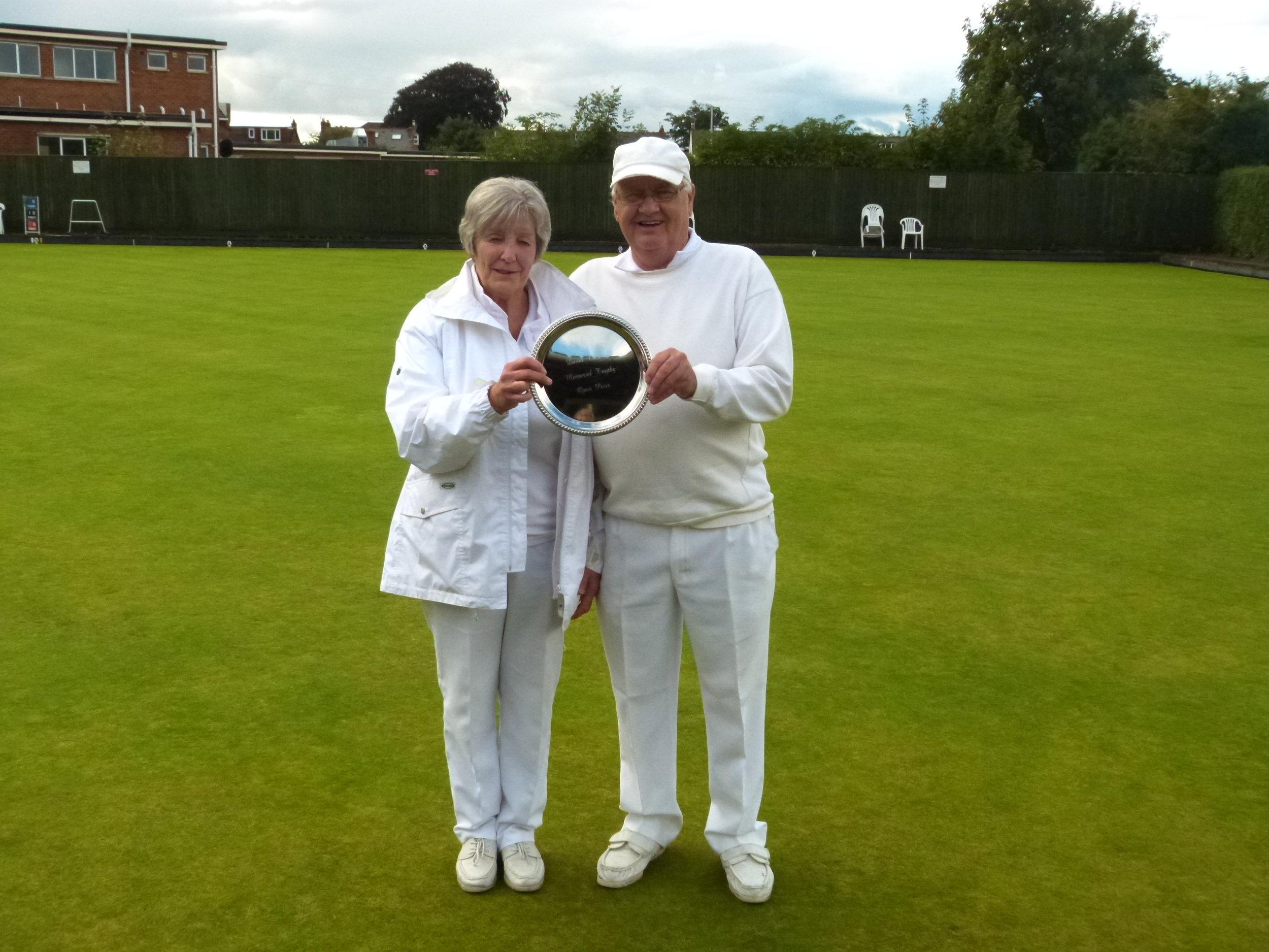 DAVID THOMAS PLATE   Winners - Valerie Smith & Colin Bruton  Runners Up - Roy Limbrick & Hazel Hembling