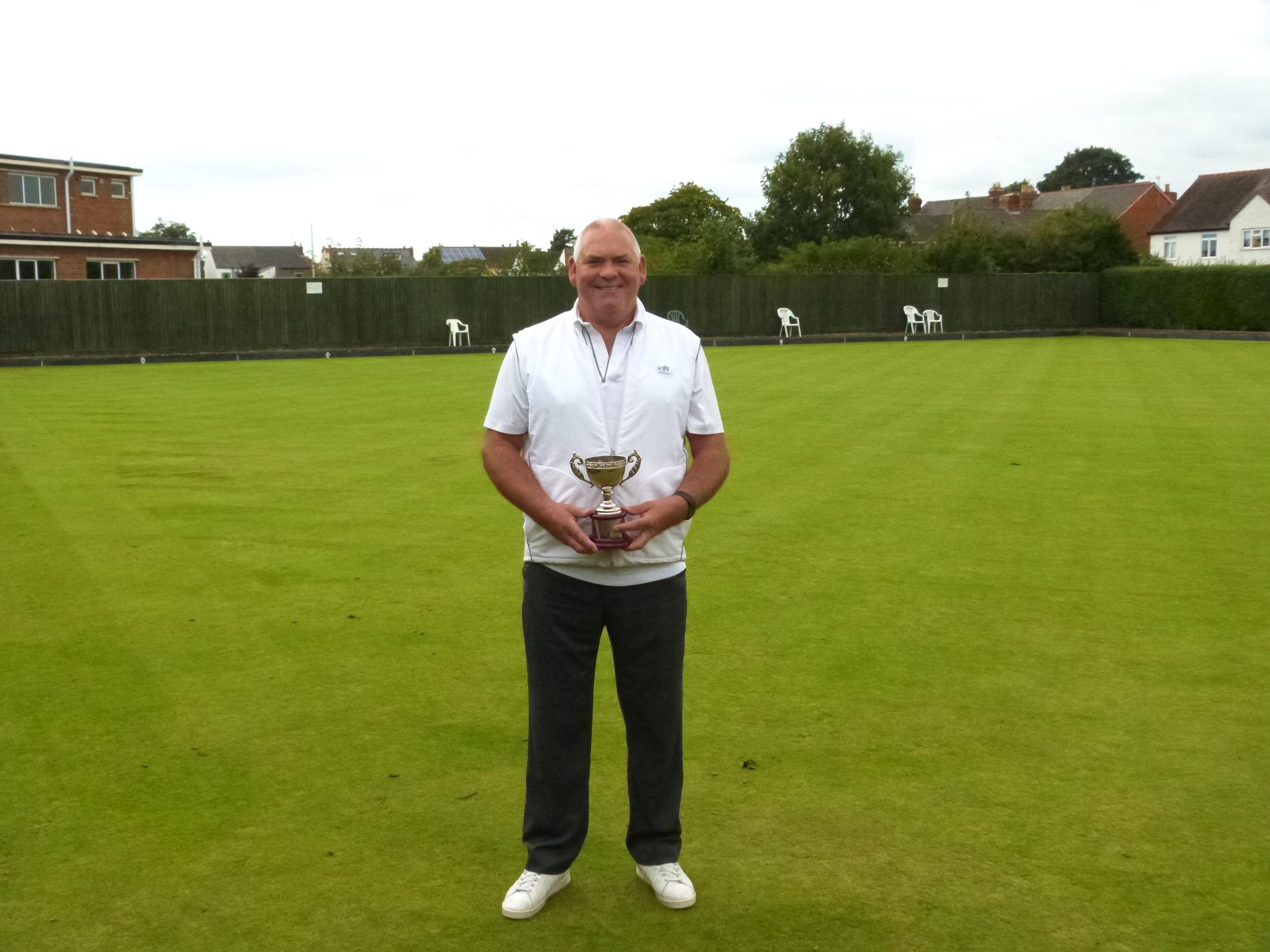 ANDY ANDREWS MEMORIAL CUP   Winner - Chris Gardner  Runner Up - Charles Wallace