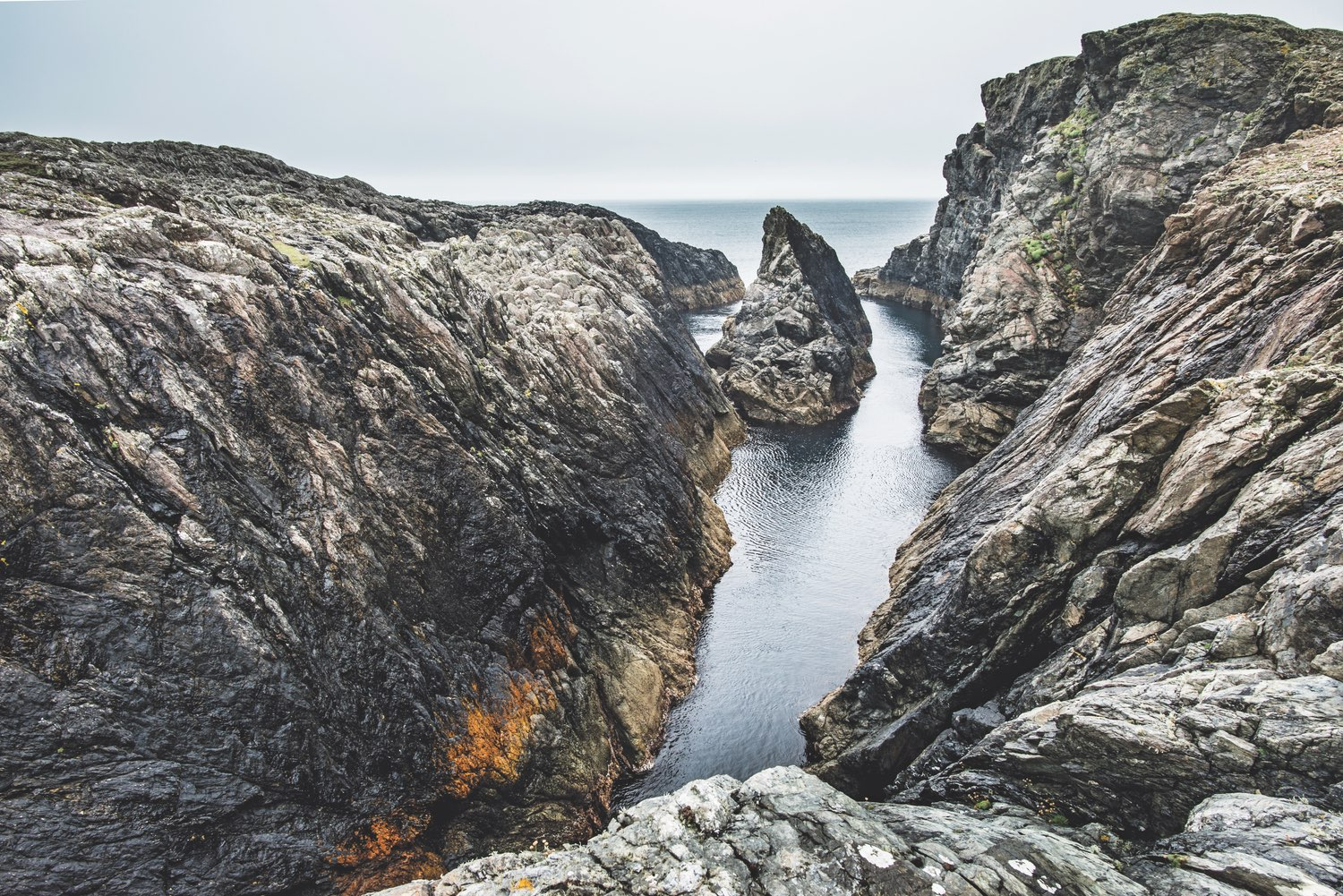 Dead Man's Cove, Inishbofin. Photo by Mark Furniss.