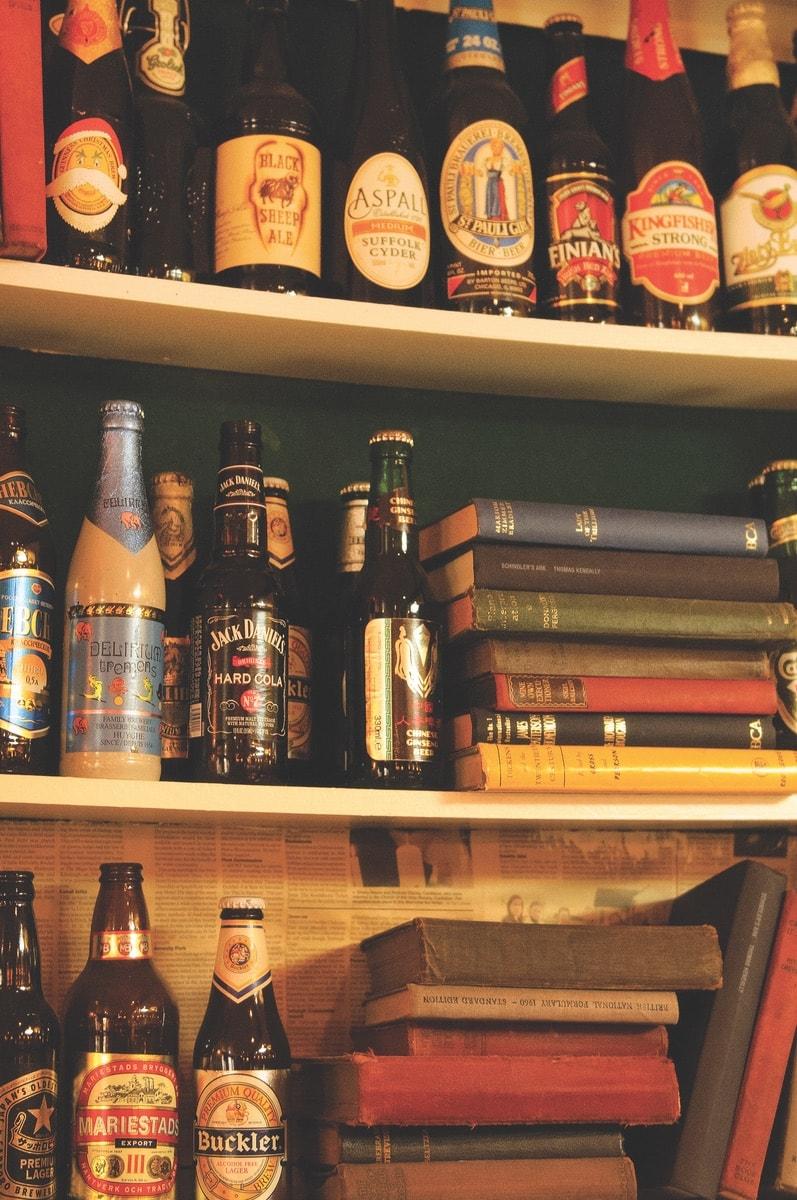 Connemara-Life-2018-Stories-from-an-Irish-Pub-1-min.jpg