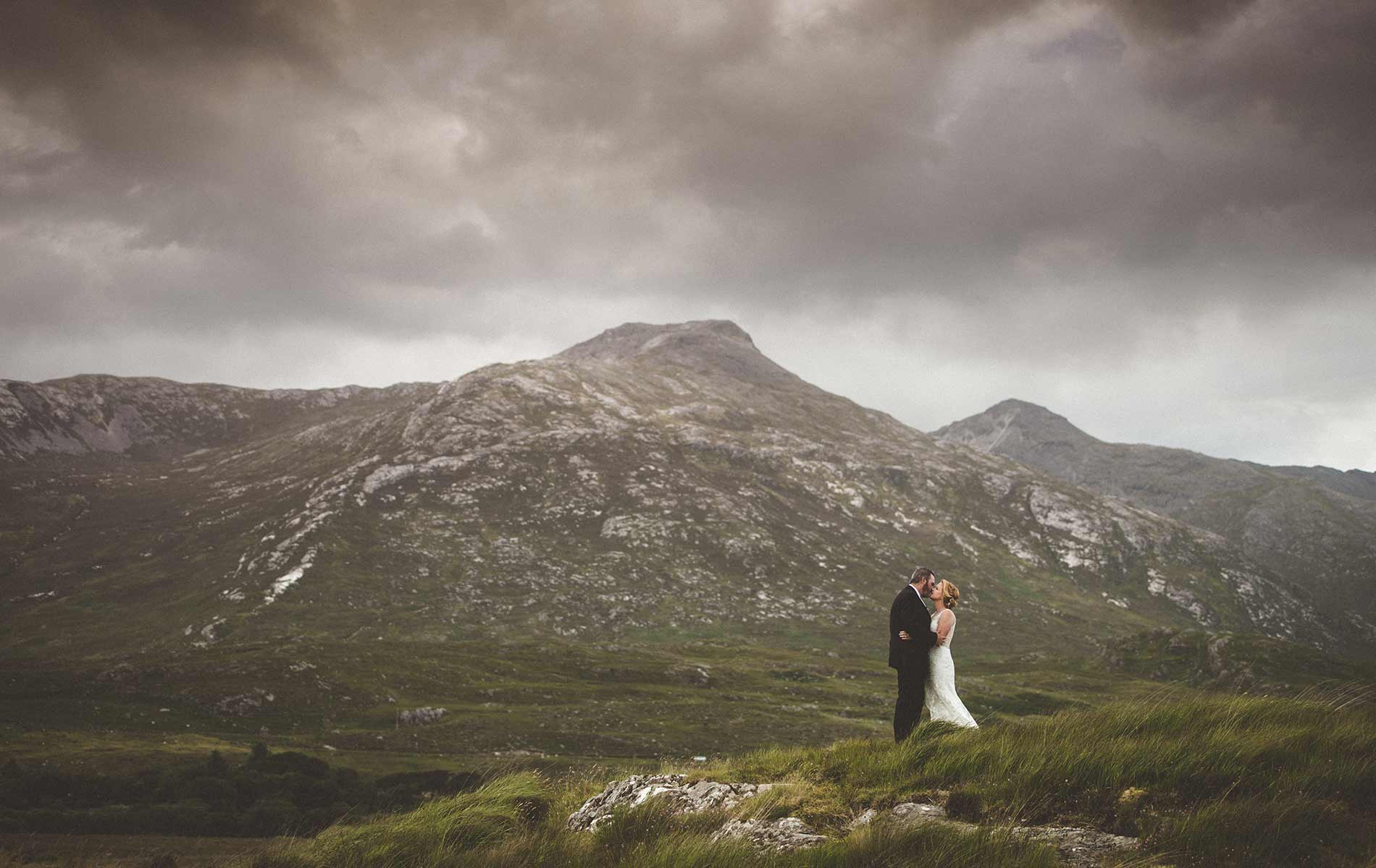 Connemara-Life-2018-Wedding-Bent-HERO.jpg