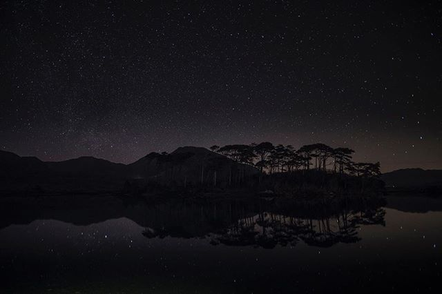 Our version of a starry night here in #Connemara. | Click the #linkinbio to learn more about #connemaralife and #Ireland's Wild West coast. | Photo by @markfurnissphotography