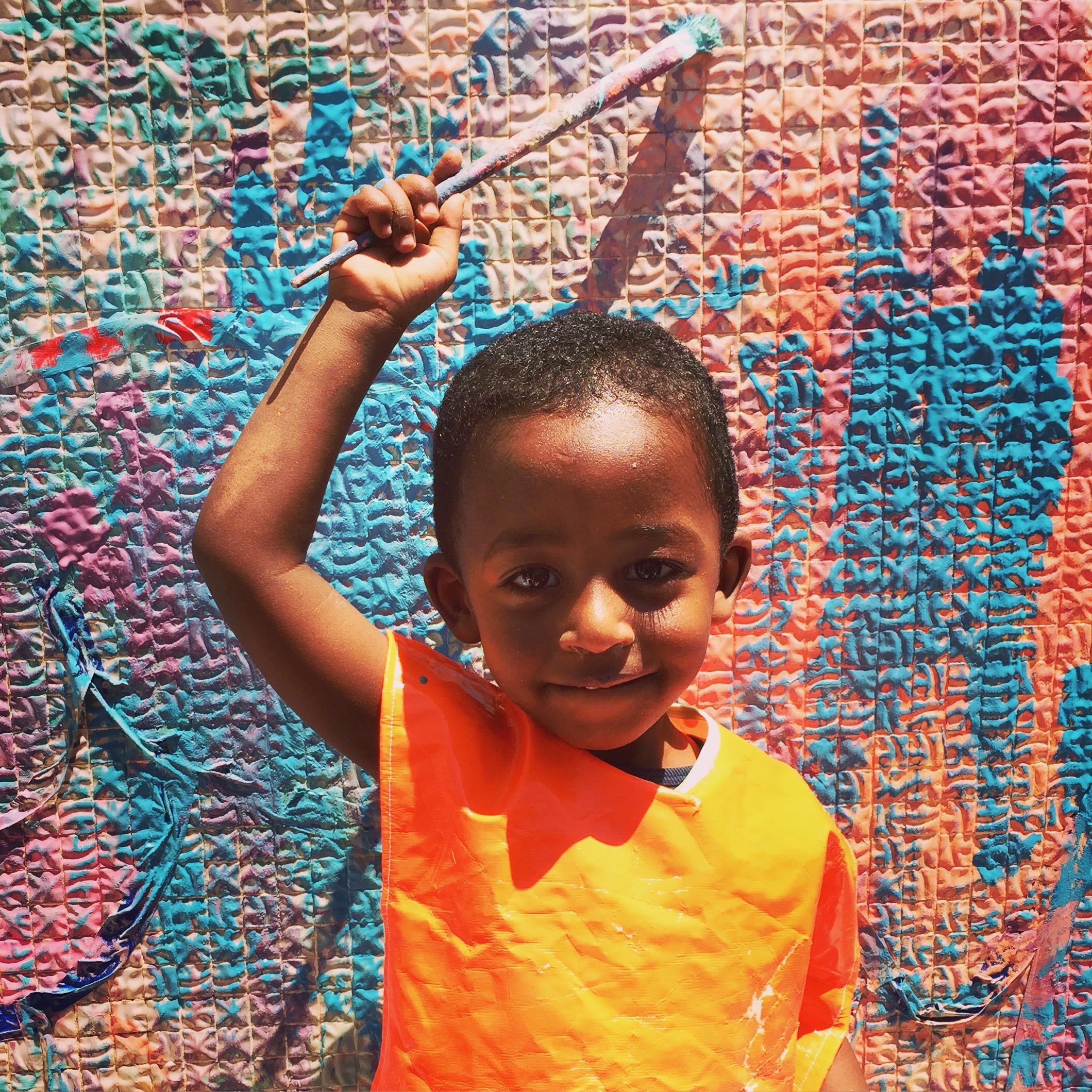 Tel Aviv African Refugee Child.jpg