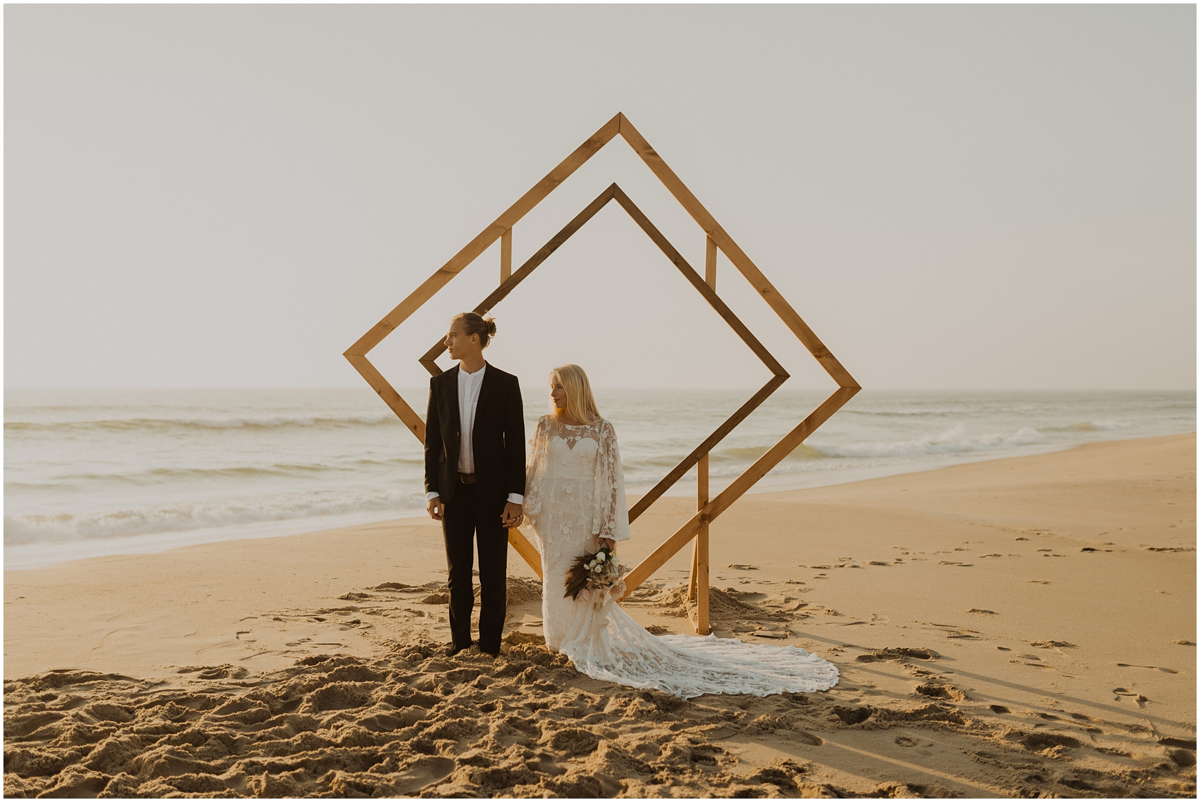 Hannah_Baldwin_Photography_Virginia_Beach_Elopement_Sunrise_0159.jpg