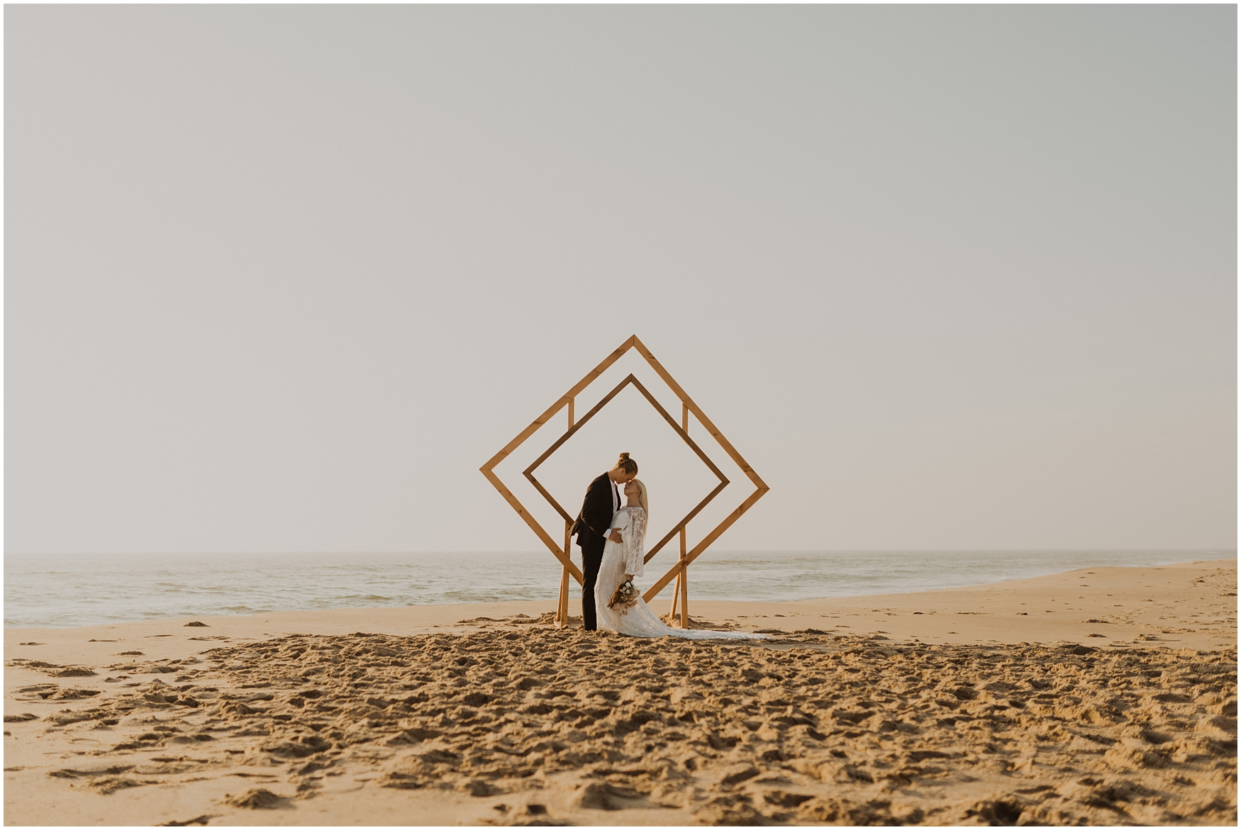 Hannah_Baldwin_Photography_Virginia_Beach_Elopement_Sunrise_0163.jpg