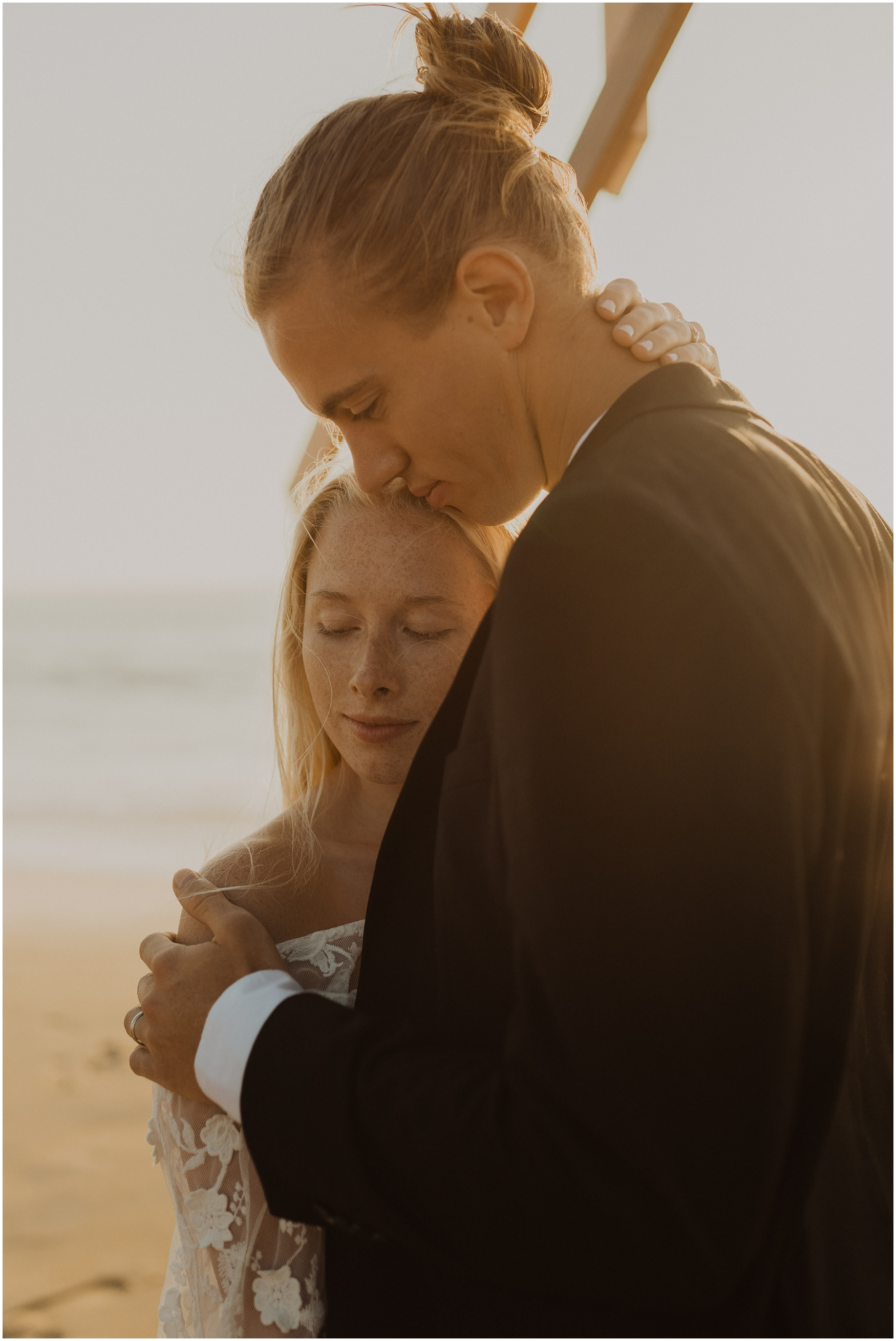 Hannah_Baldwin_Photography_Virginia_Beach_Elopement_Sunrise_0167.jpg
