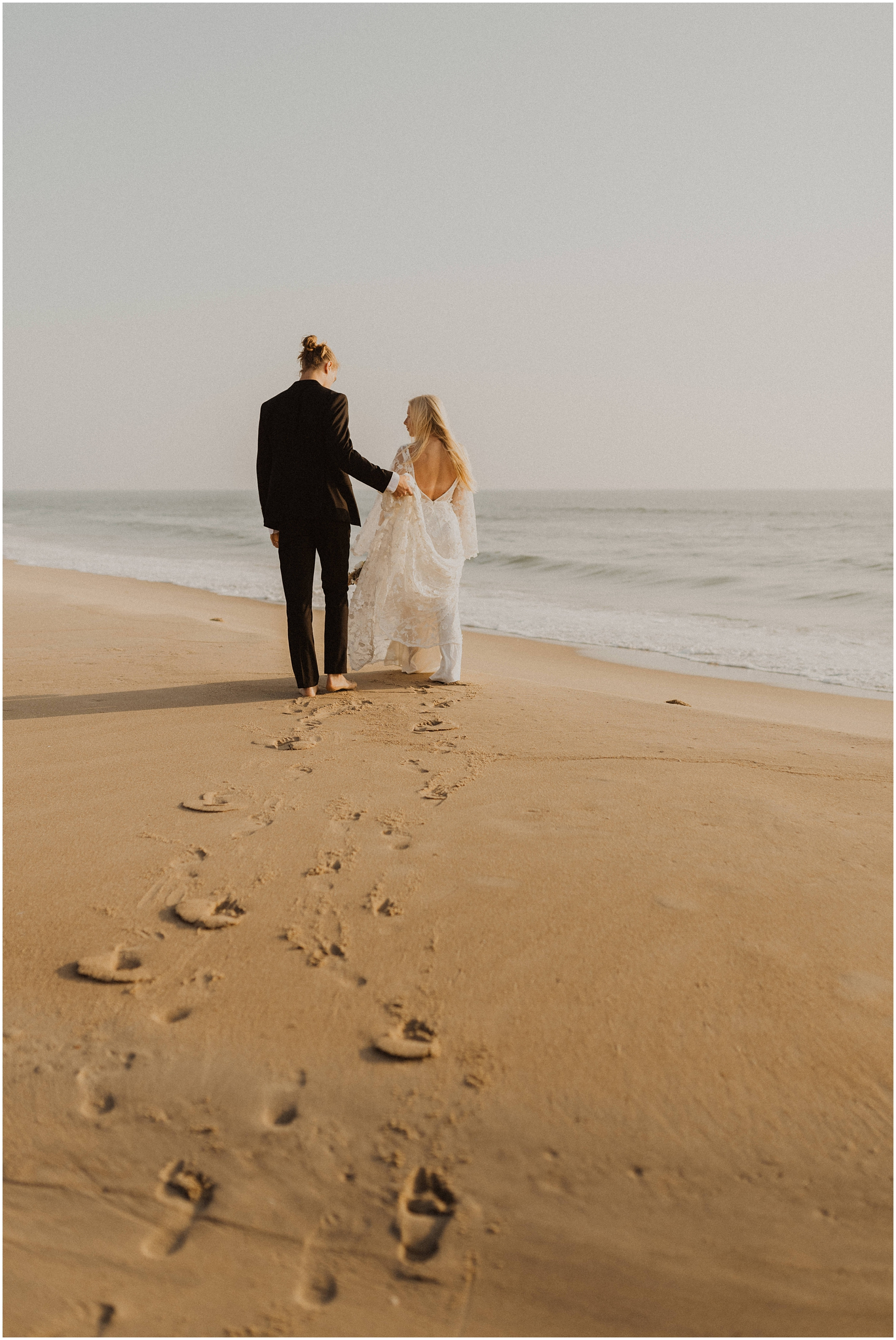 Hannah_Baldwin_Photography_Virginia_Beach_Elopement_Sunrise_0171.jpg