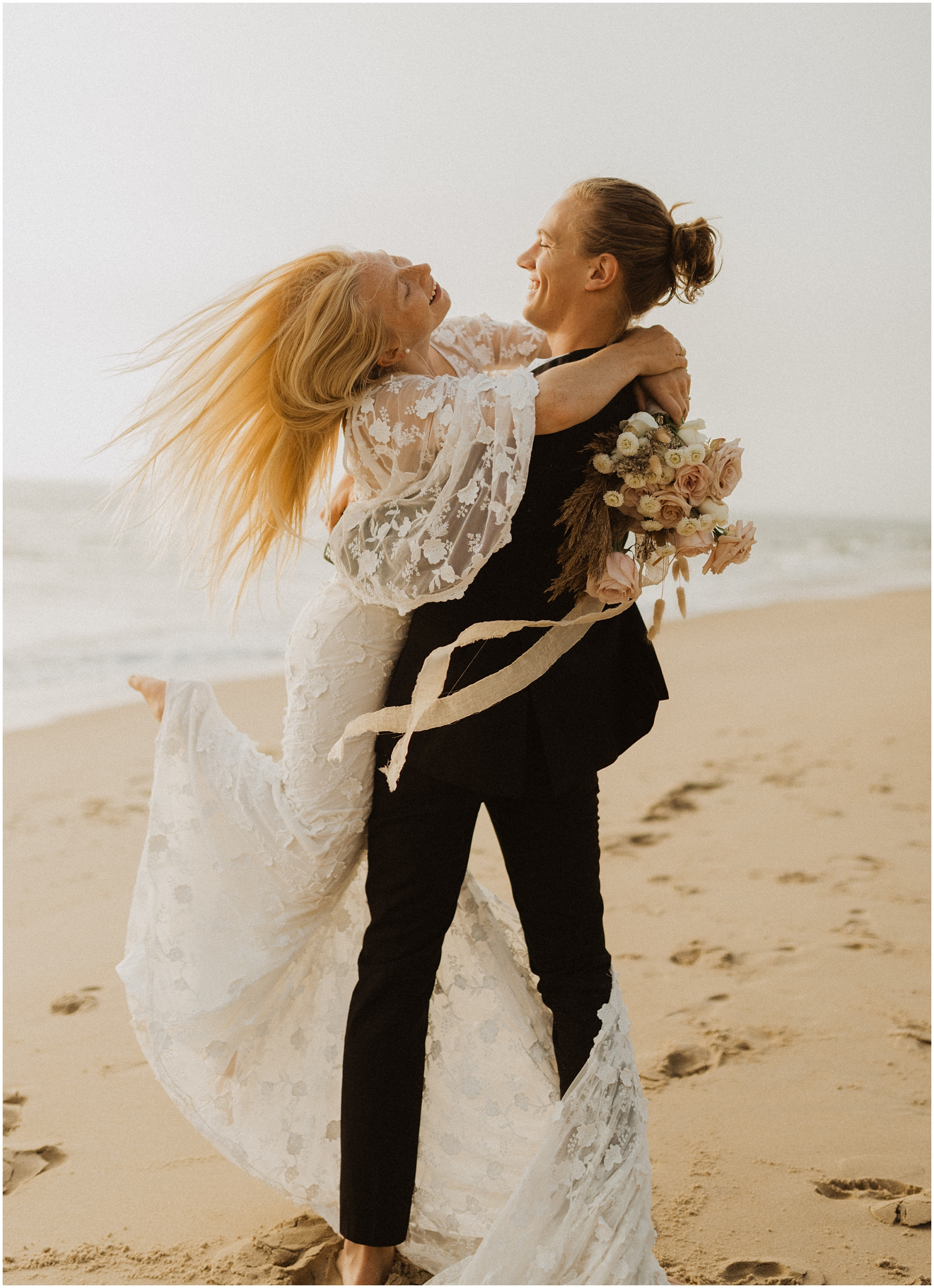 Hannah_Baldwin_Photography_Virginia_Beach_Elopement_Sunrise_0186.jpg