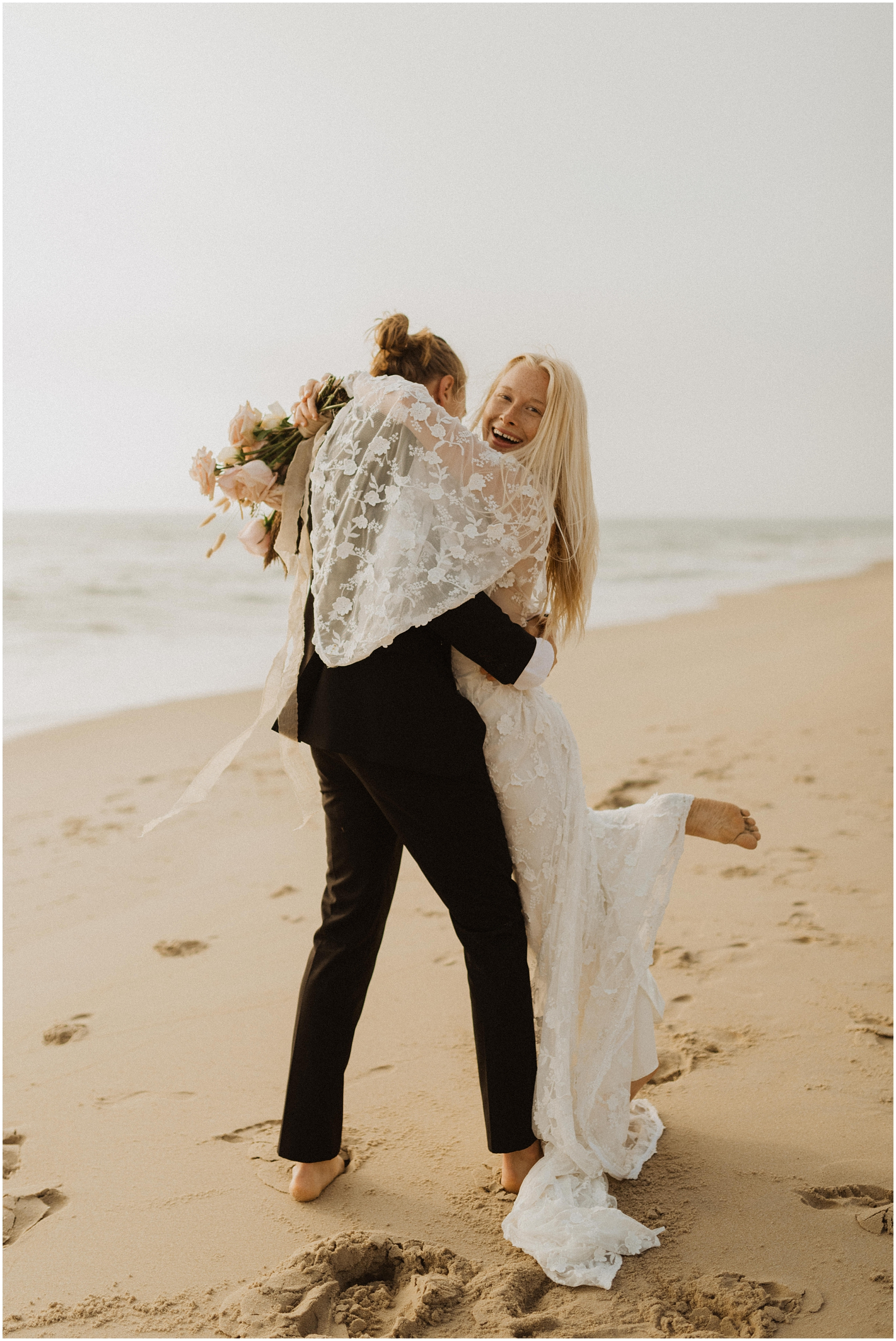 Hannah_Baldwin_Photography_Virginia_Beach_Elopement_Sunrise_0188.jpg