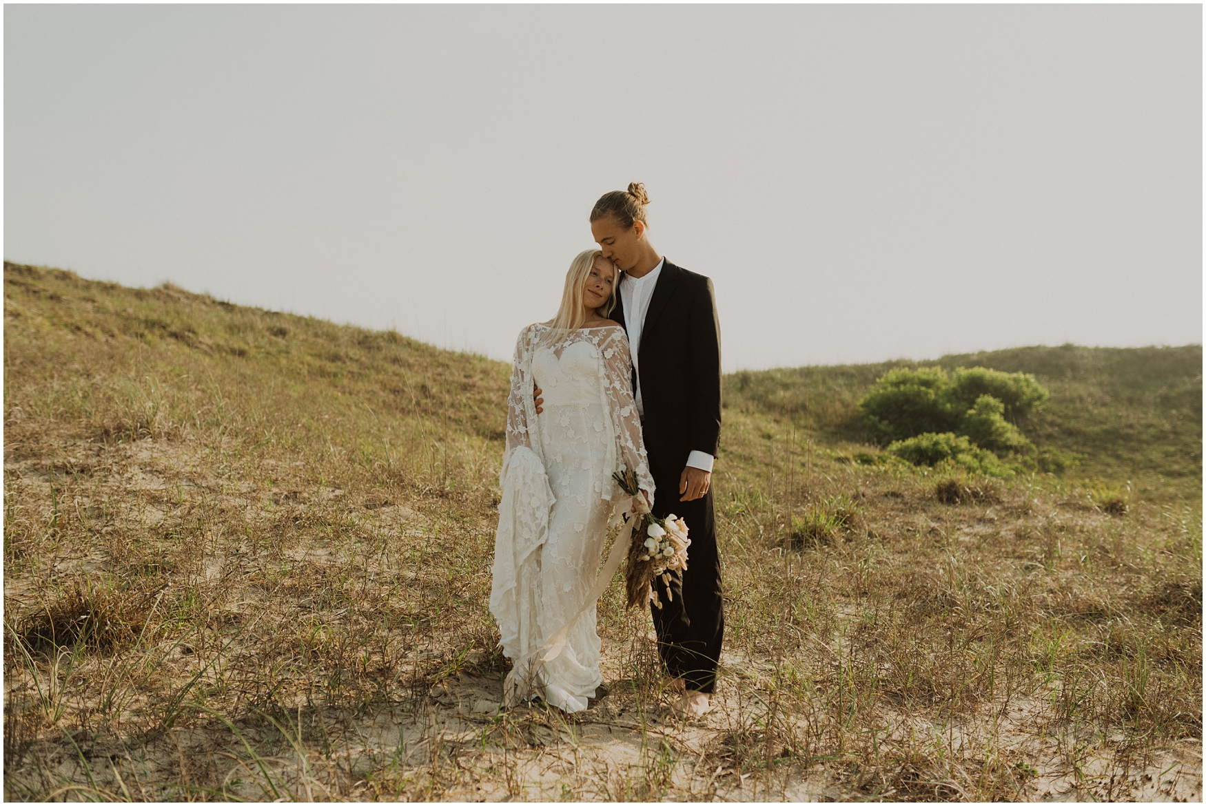Hannah_Baldwin_Photography_Virginia_Beach_Elopement_Sunrise_0201.jpg