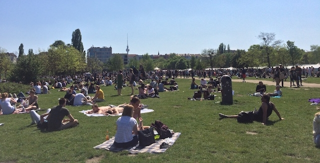 Momono Mauerpark/ Berlin