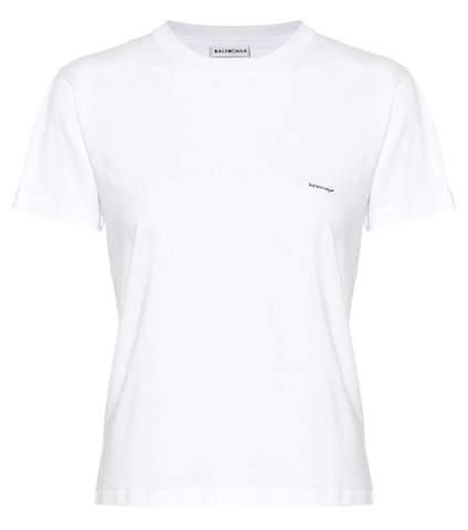 バレンシアガ 小さめロゴ・フィット コットン Tシャツ   Photo: mytheresa