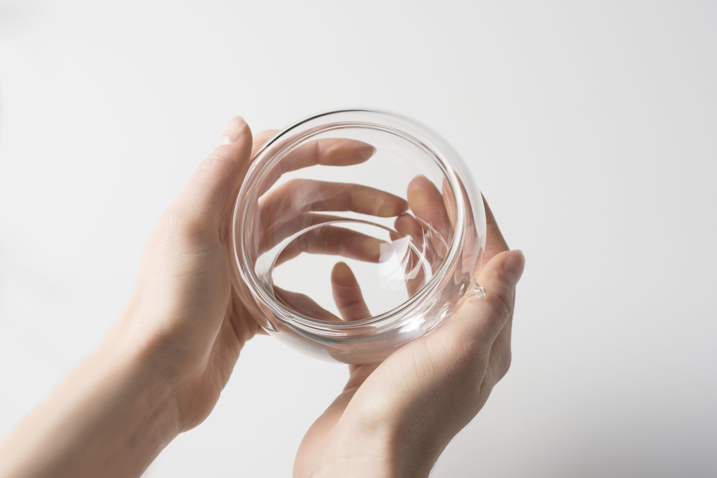 Water enclosed in borosilicate glass